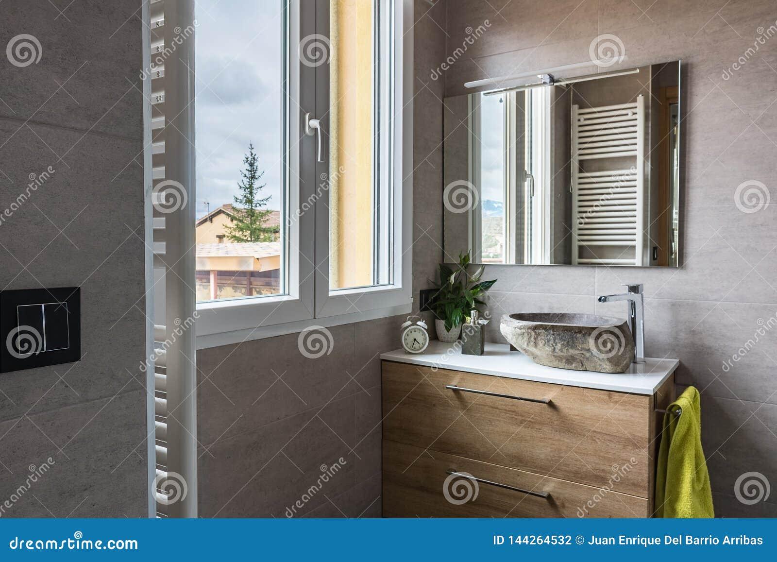 Salle De Bains Moderne Et Contemporaine Photo stock - Image ...