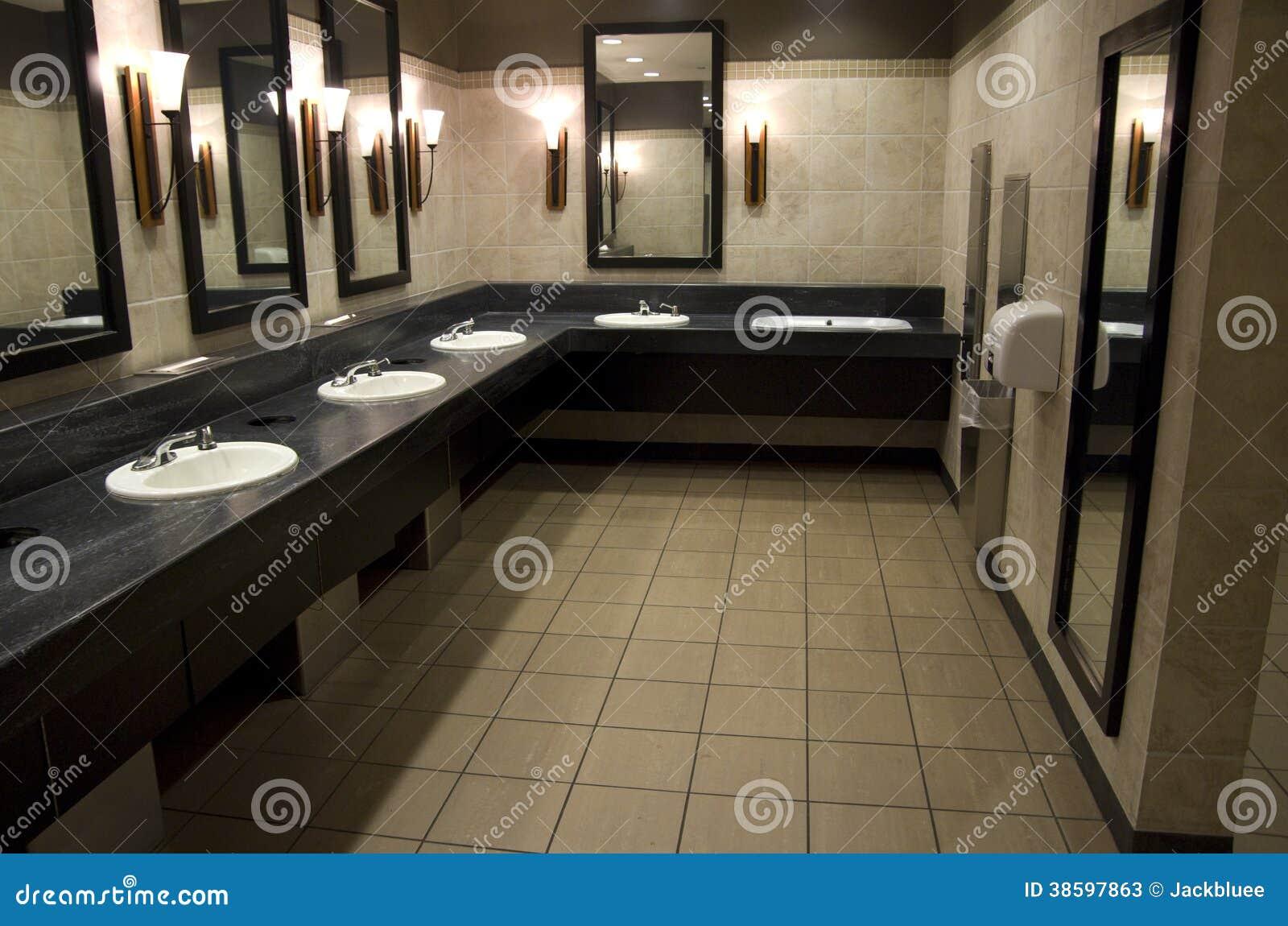 Meuble Salle De Bain Ebeniste ~ Salle De Bains Publique L Gante Image Stock Image Du Toilette