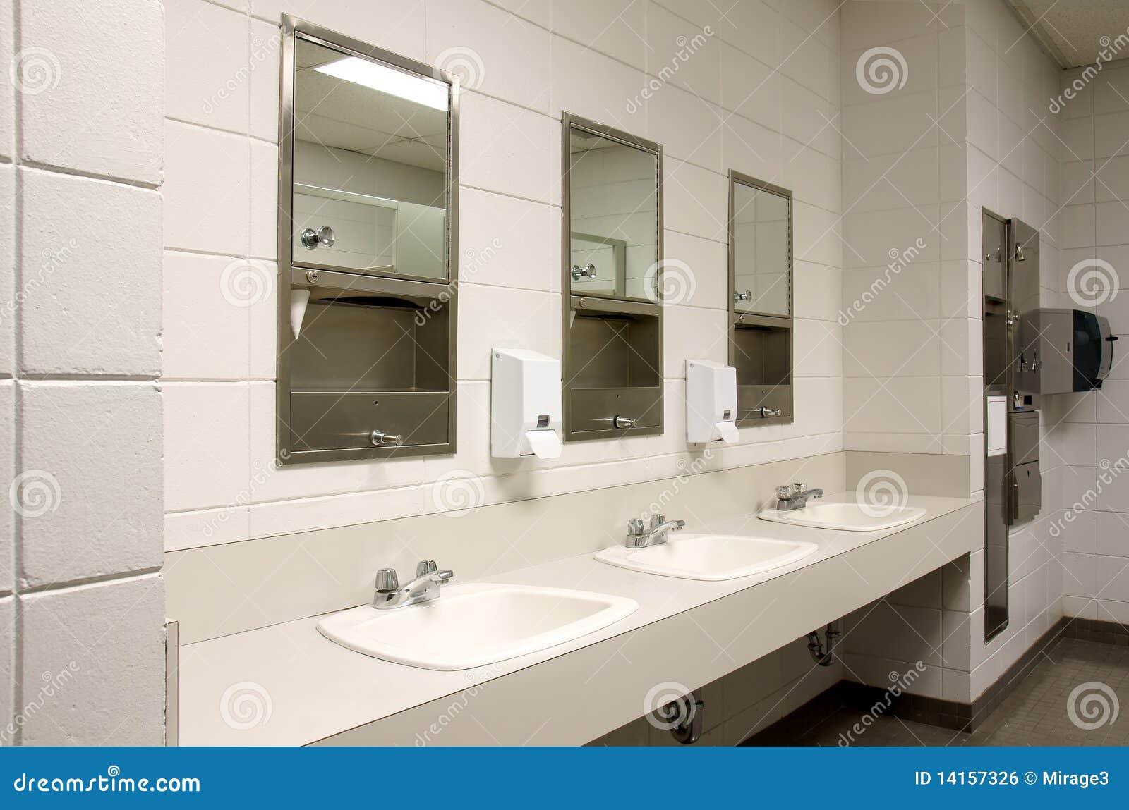Meuble Salle De Bain Ebeniste ~ Salle De Bains Publique Rigide Photo Stock Image Du Public