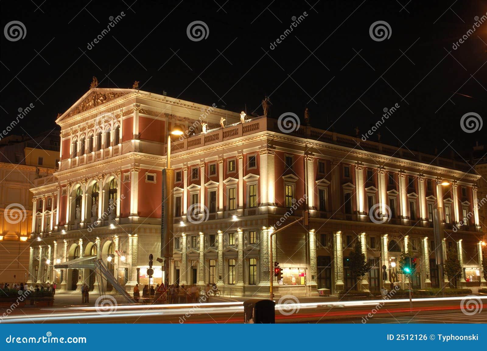 salle de concert de vienne la nuit image libre de droits image 2512126