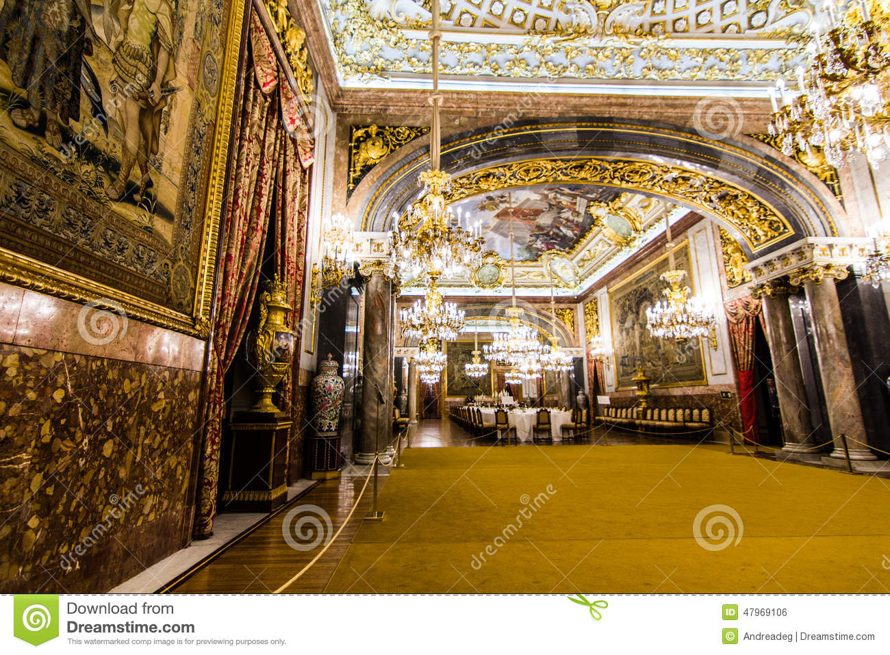 Salle Manger Royale Photo Ditorial Image 47969106