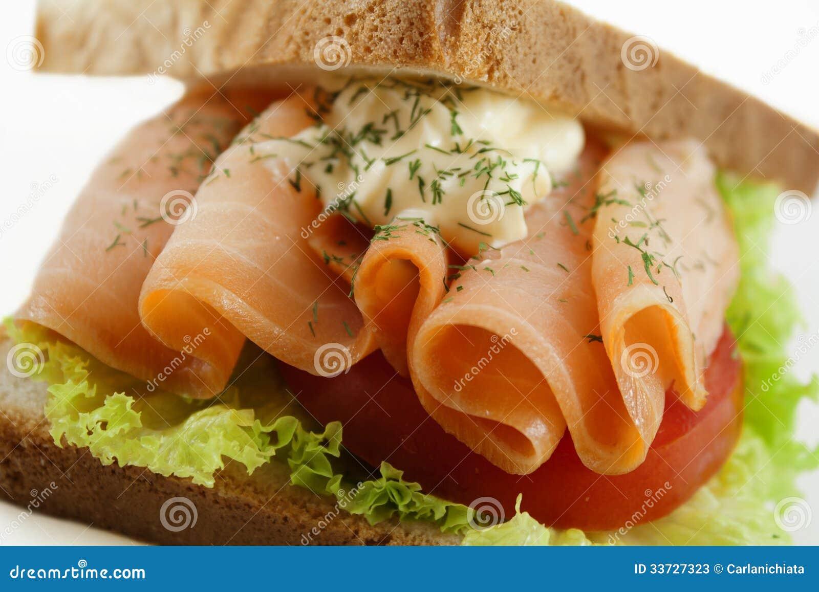 Salmon сандвич