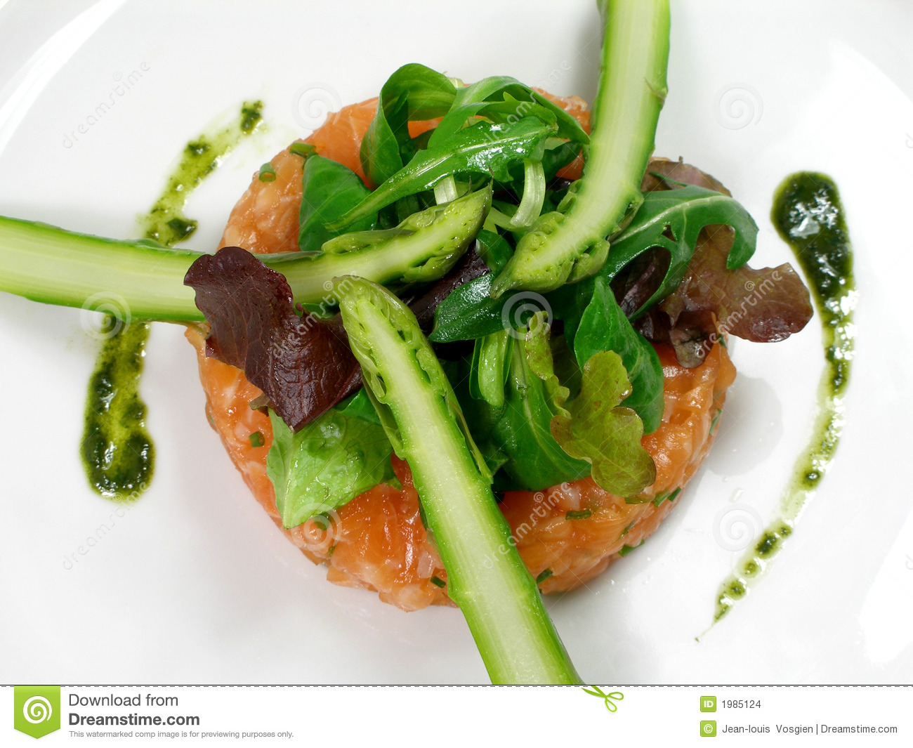 Stock Images: Salmon tartar with asparagus and salad
