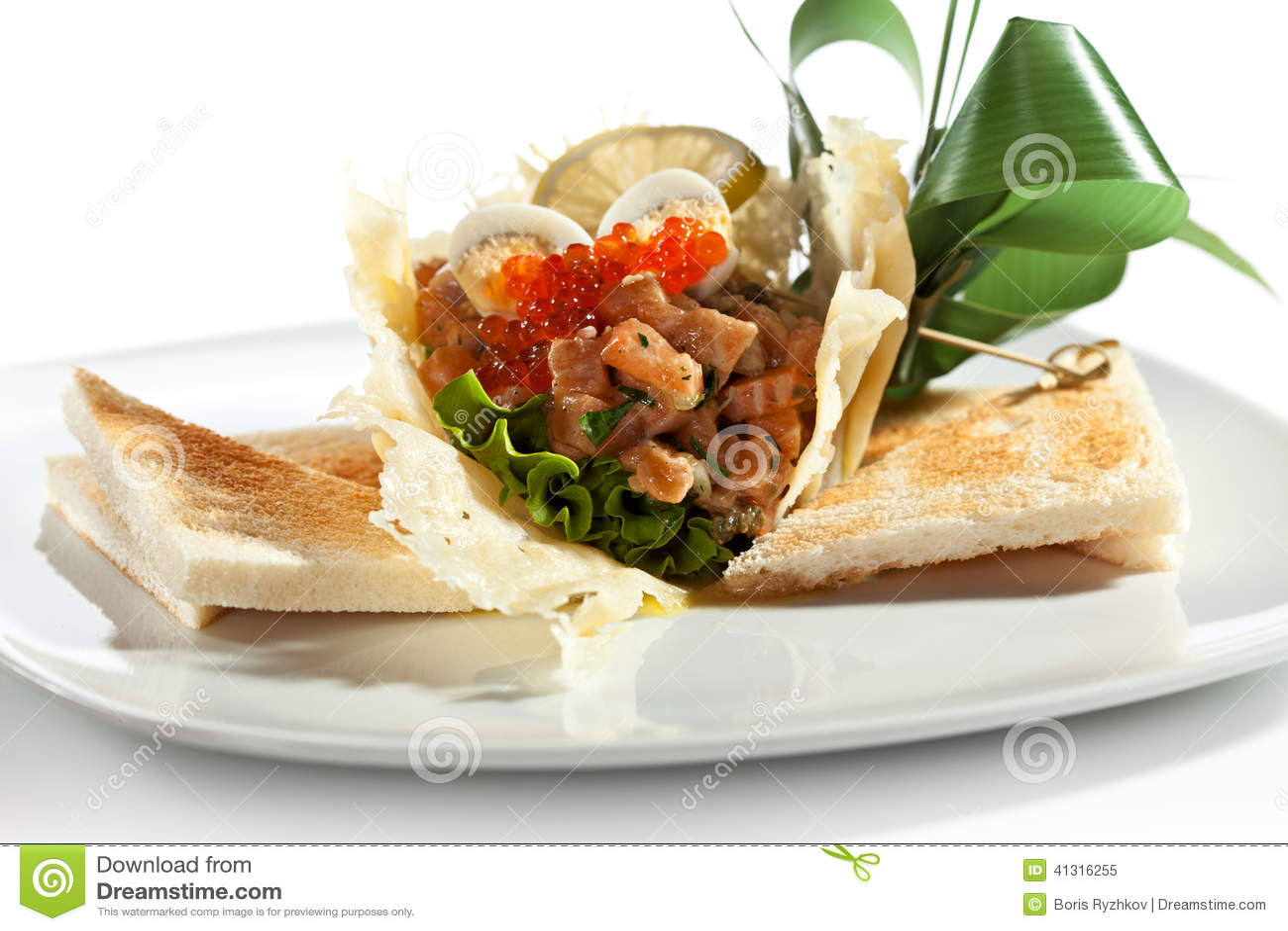 mango del sockeye salmon tartare salmon tartare with crispy bread