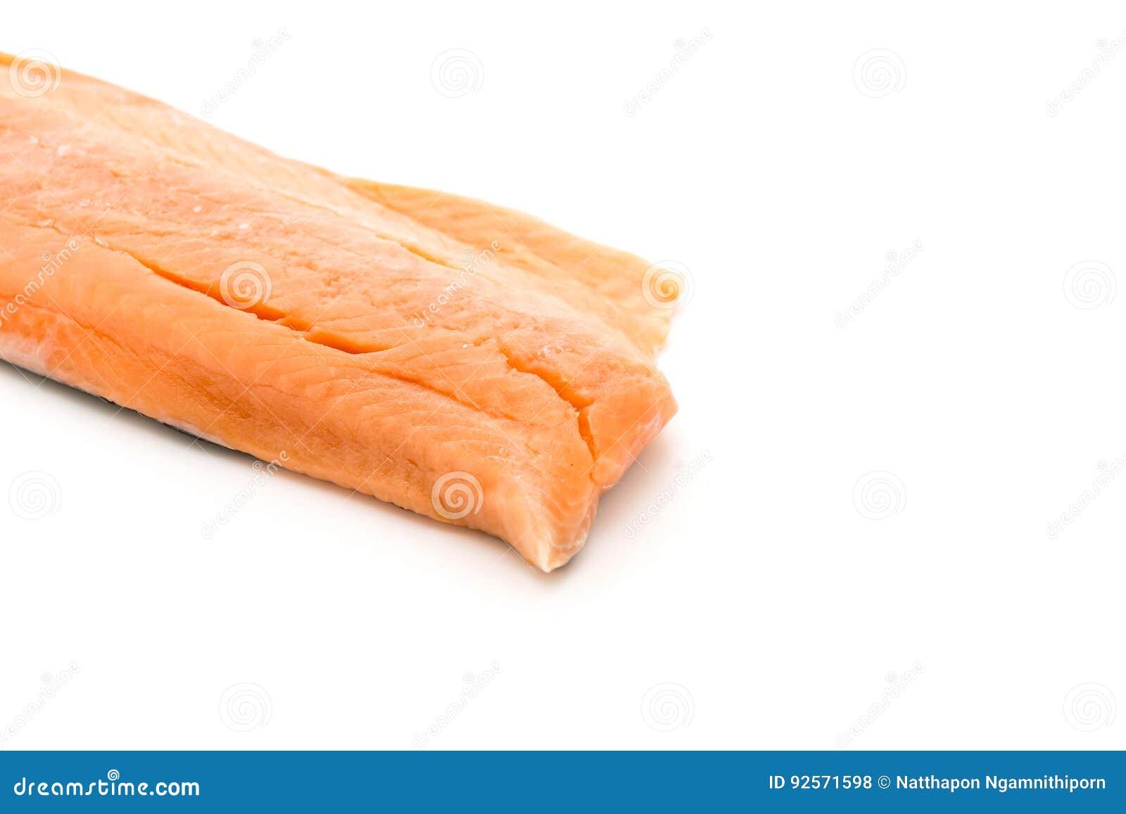 Salmone fresco su bianco
