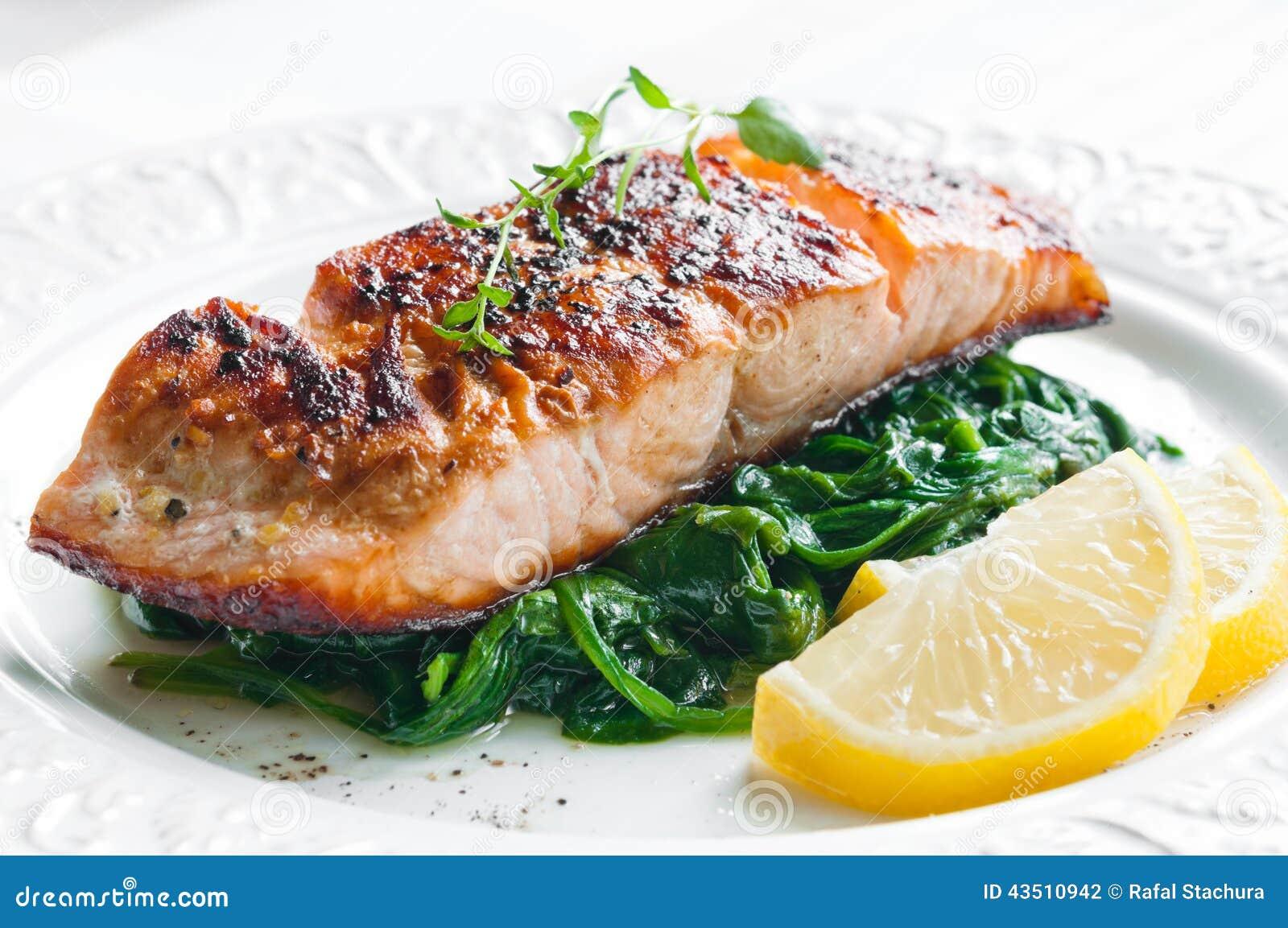 Salmones con espinaca