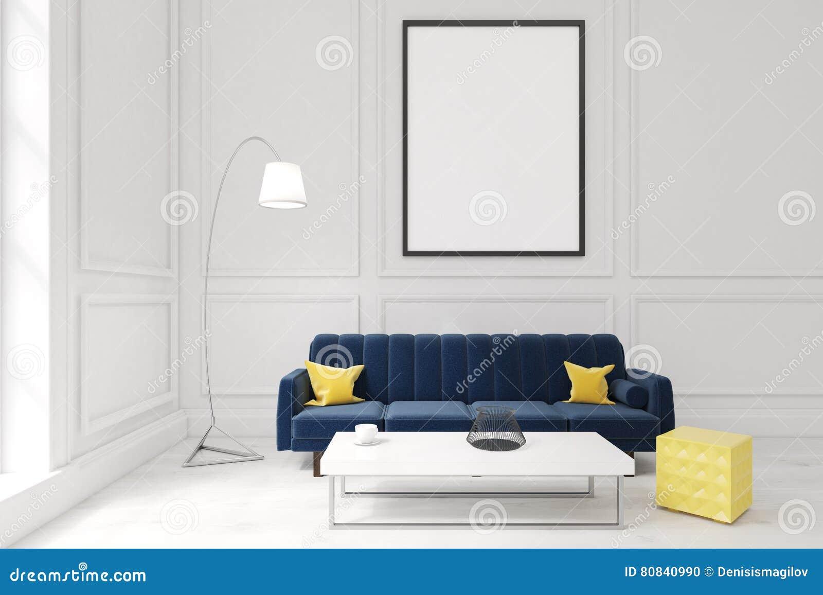 Table Basse Grand Salon salon avec l'affiche, le sofa bleu-foncé et une table basse