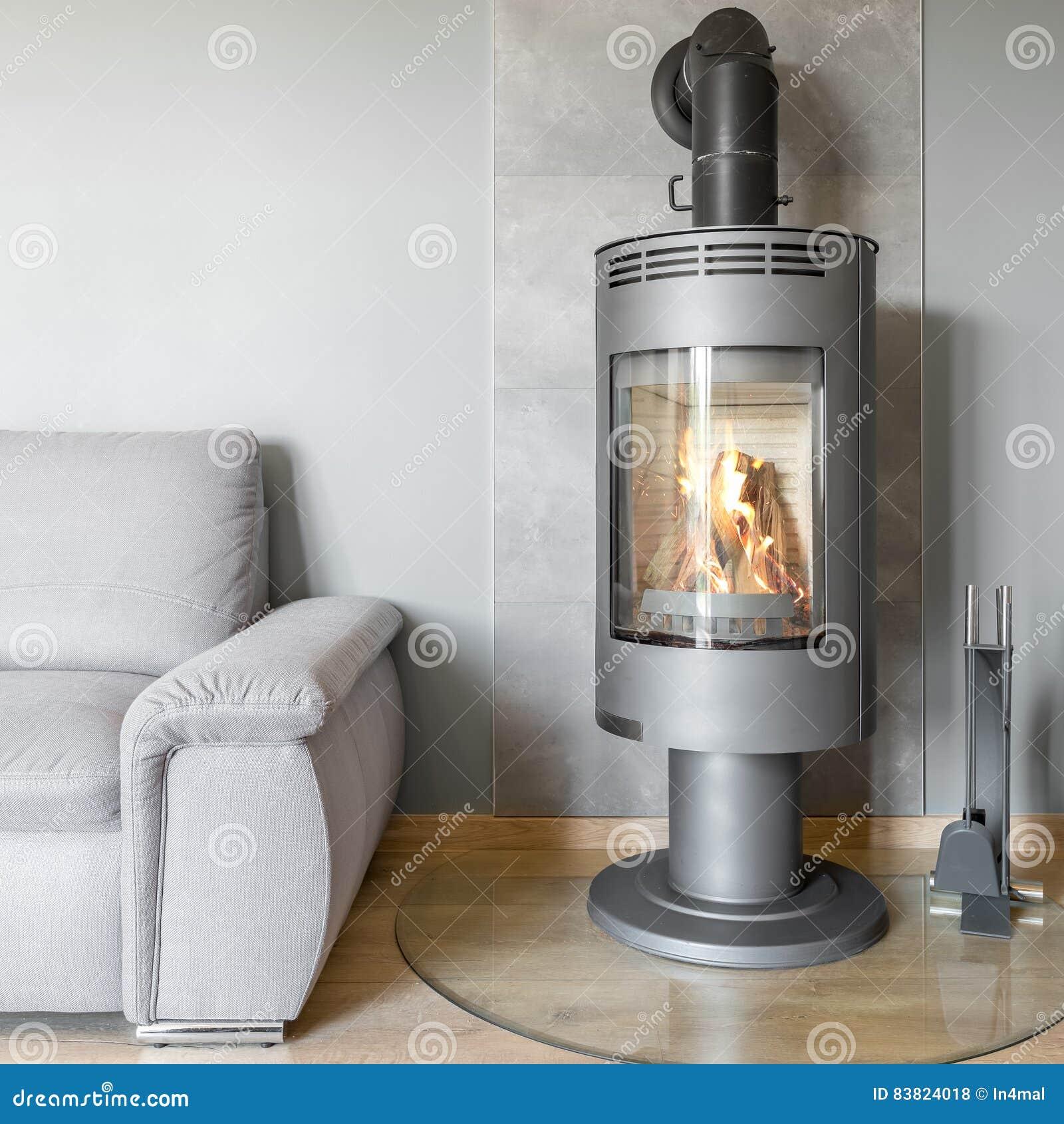 Idée De Cheminée Moderne salon avec la cheminée moderne photo stock - image du regard