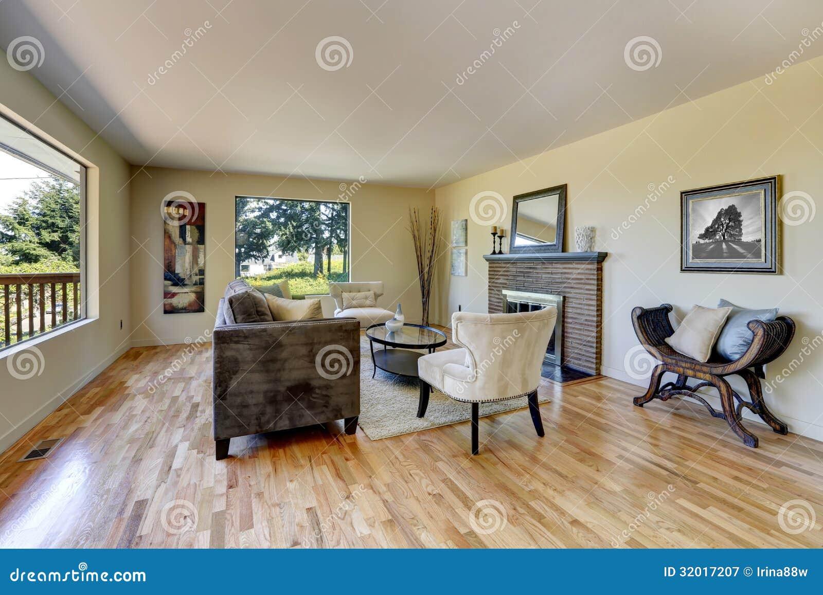 Salon moderne avec le plancher en bois photos – 642 salon moderne ...