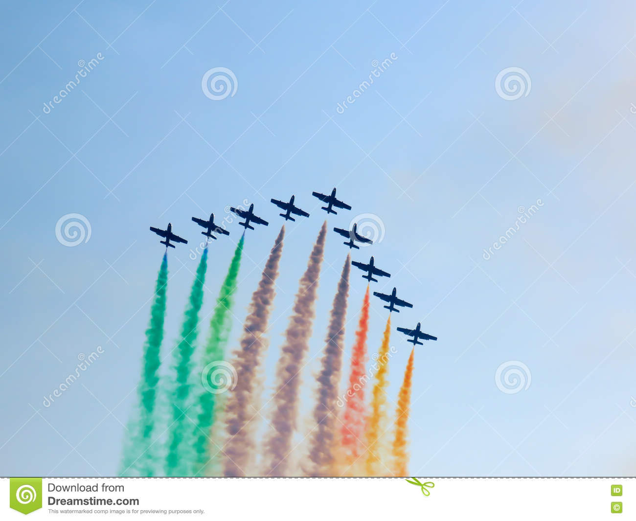 Salon de l aéronautique tricolore de flèches Tirrenia, Pise, Italie, le 11 septembre, 2