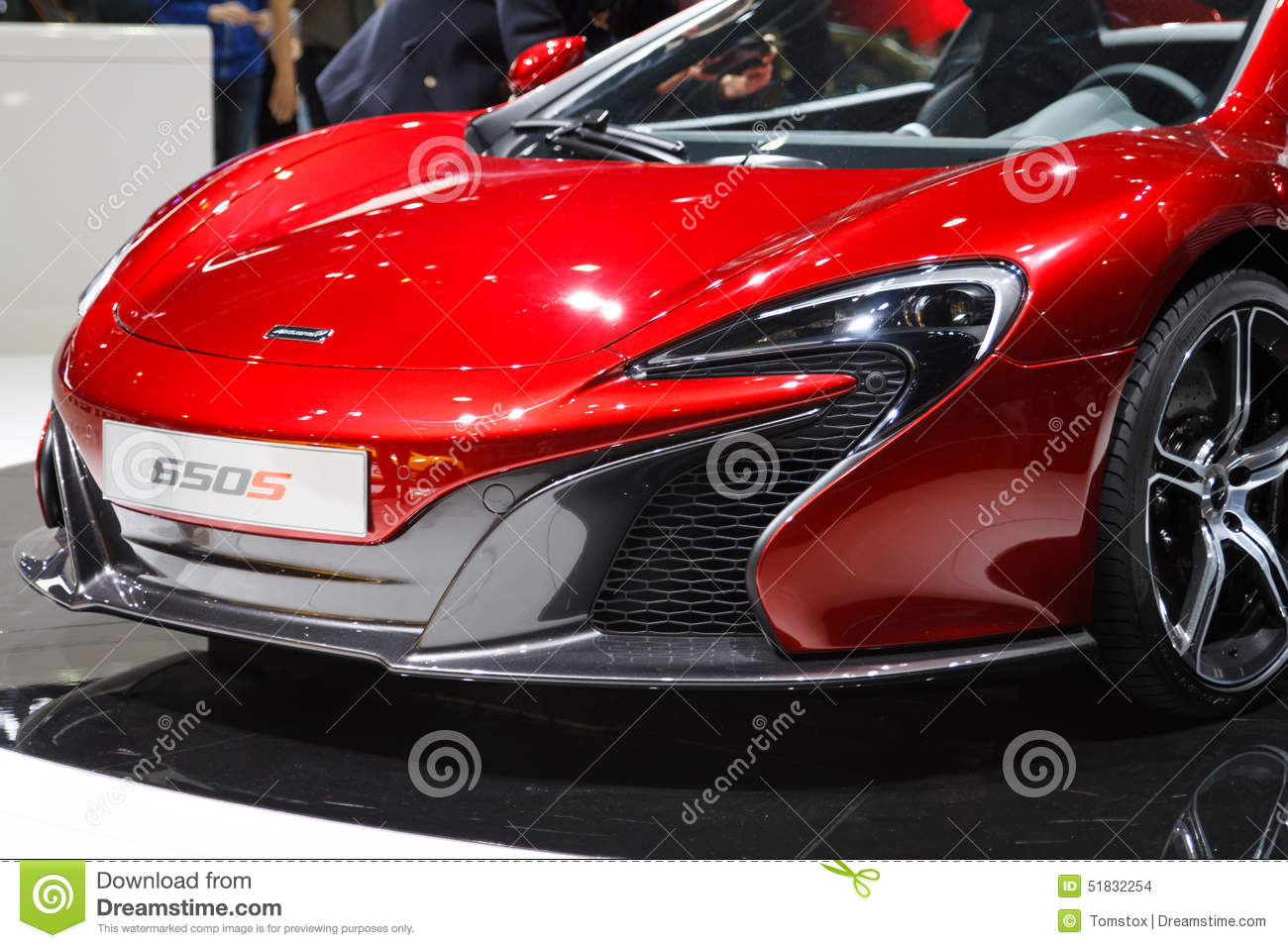 salon de l 39 automobile rouge de mclaren 650s gen ve 2015 image stock ditorial image du rouge. Black Bedroom Furniture Sets. Home Design Ideas