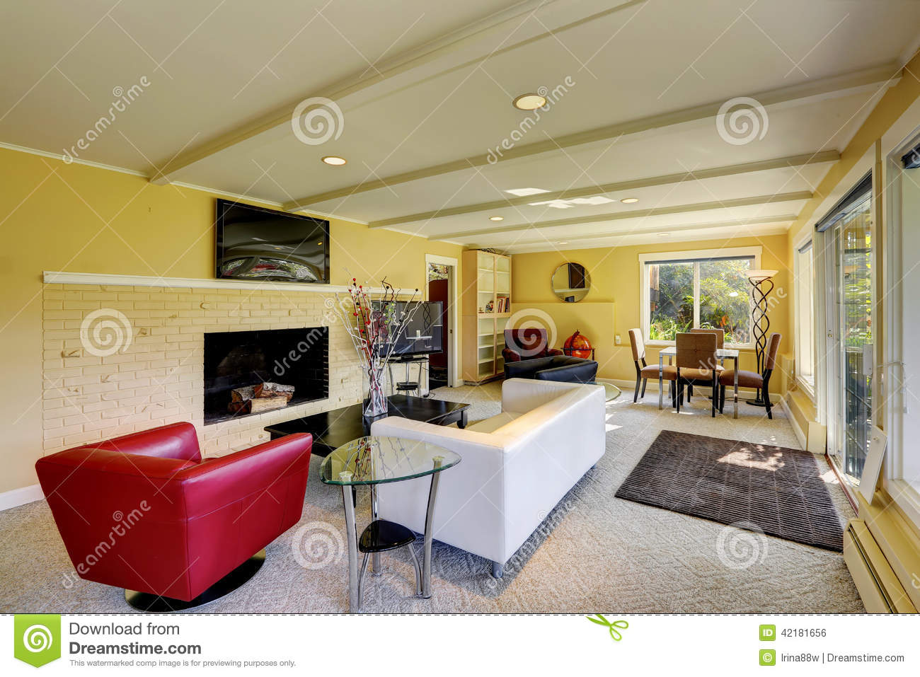 Salon moderne avec les sofas blancs et rouges photo stock   image ...