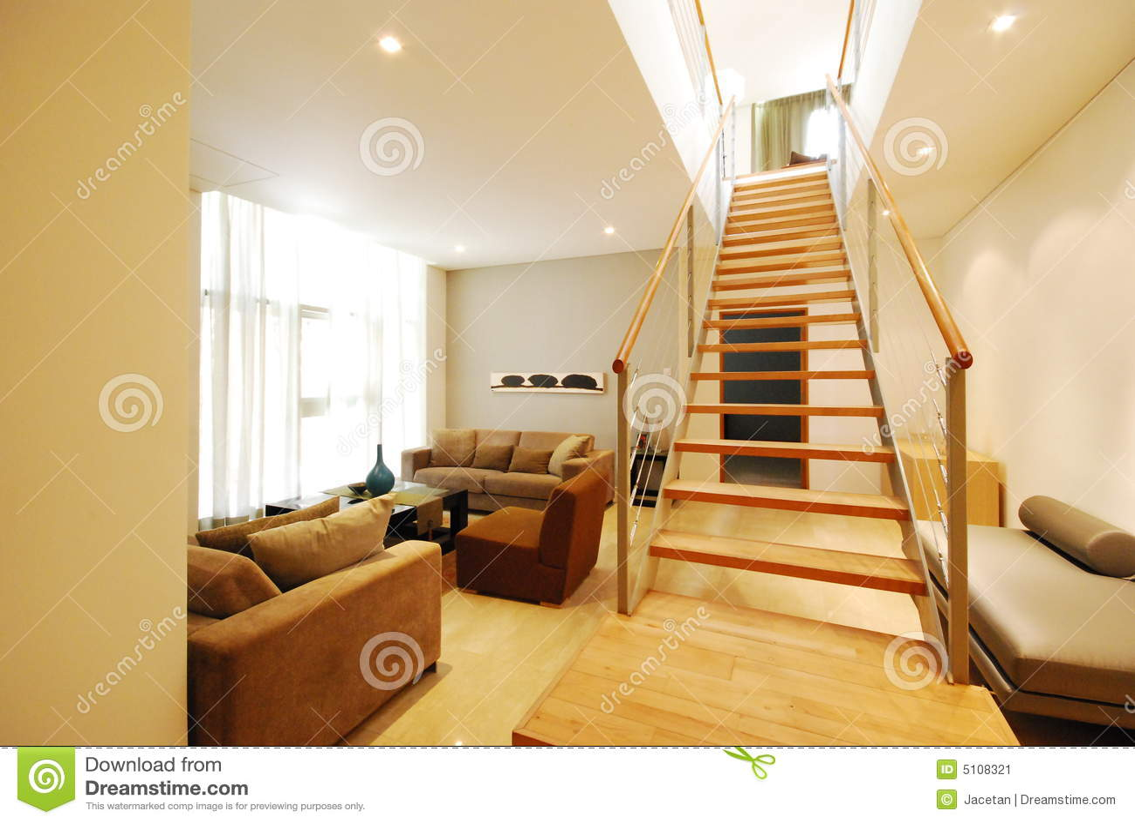 Salon Moderne De Sous-sol Dans La Ville Image stock - Image ...