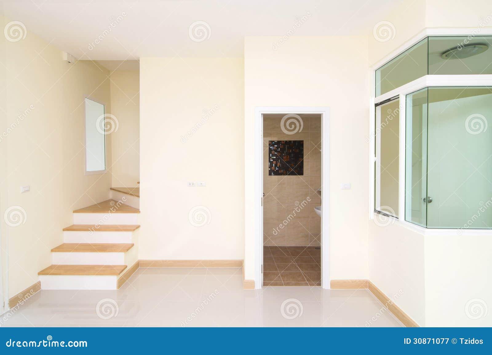 Salon toilette et escalier dans la maison de nouvelle for Prix nouvelle construction