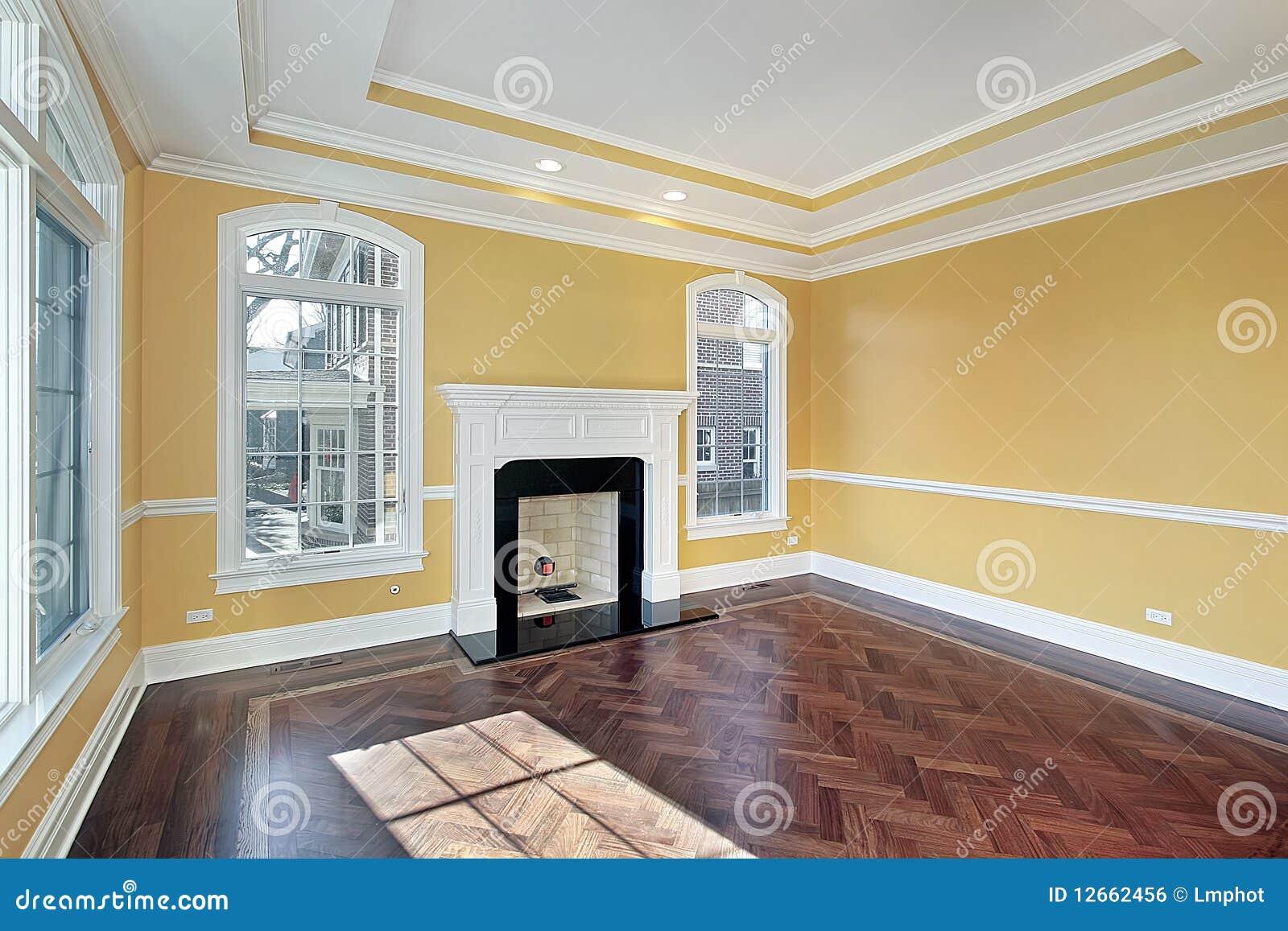 Salone con le pareti gialle fotografia stock immagine di for Pareti salone