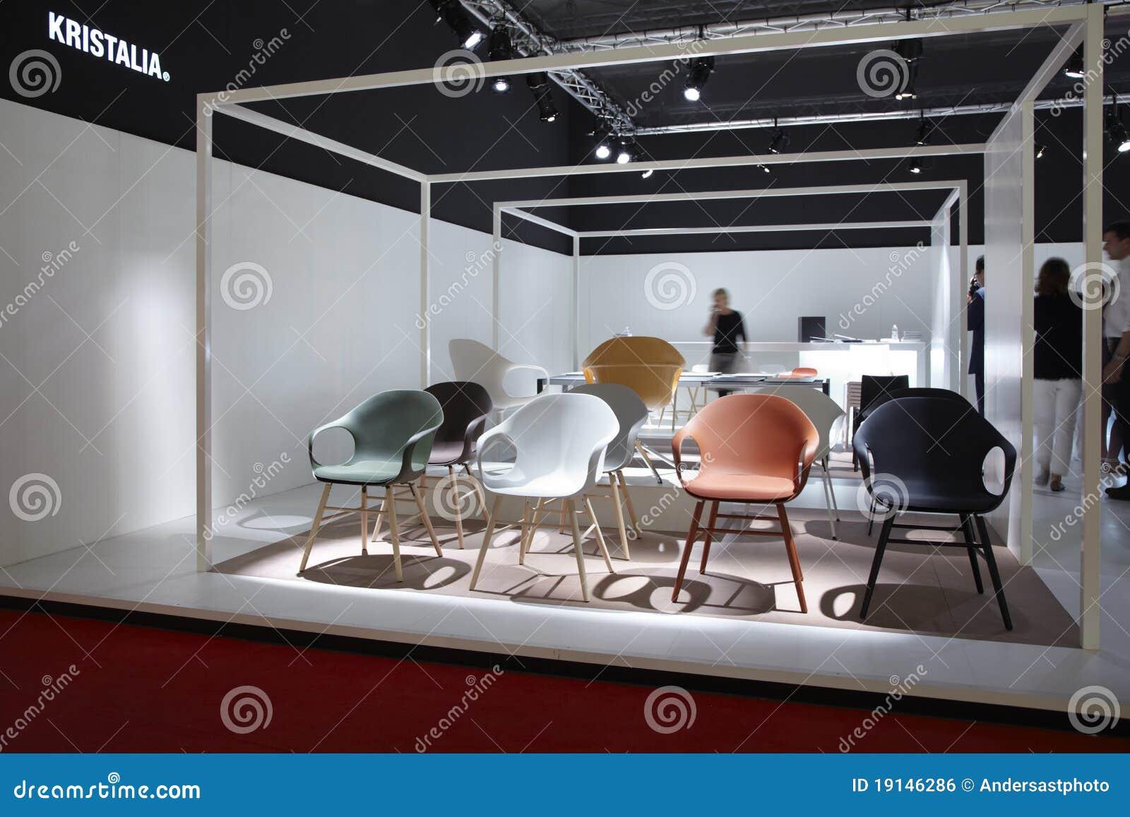 Salone del mobile milano mobilia 2011 giusto fotografia for Salone del mobile prezzi