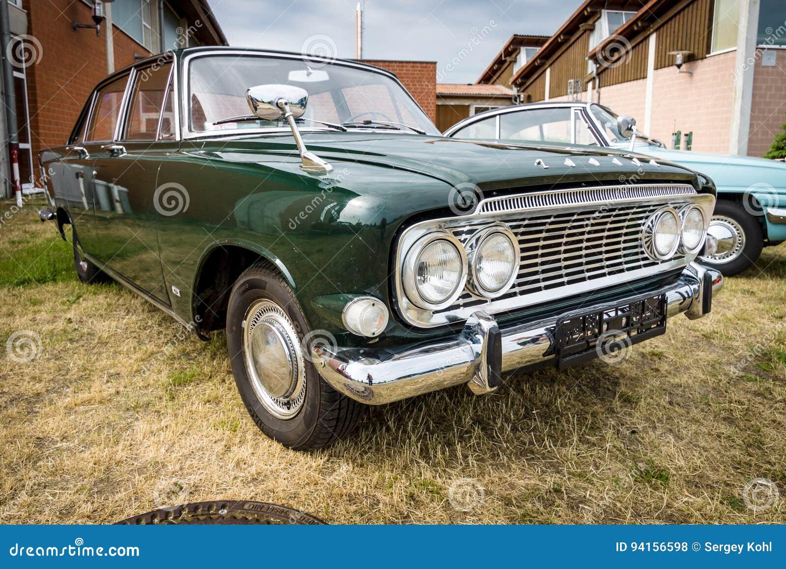 Salone 100  213E, 1962 di Ford Zodiac Mark III dell automobile