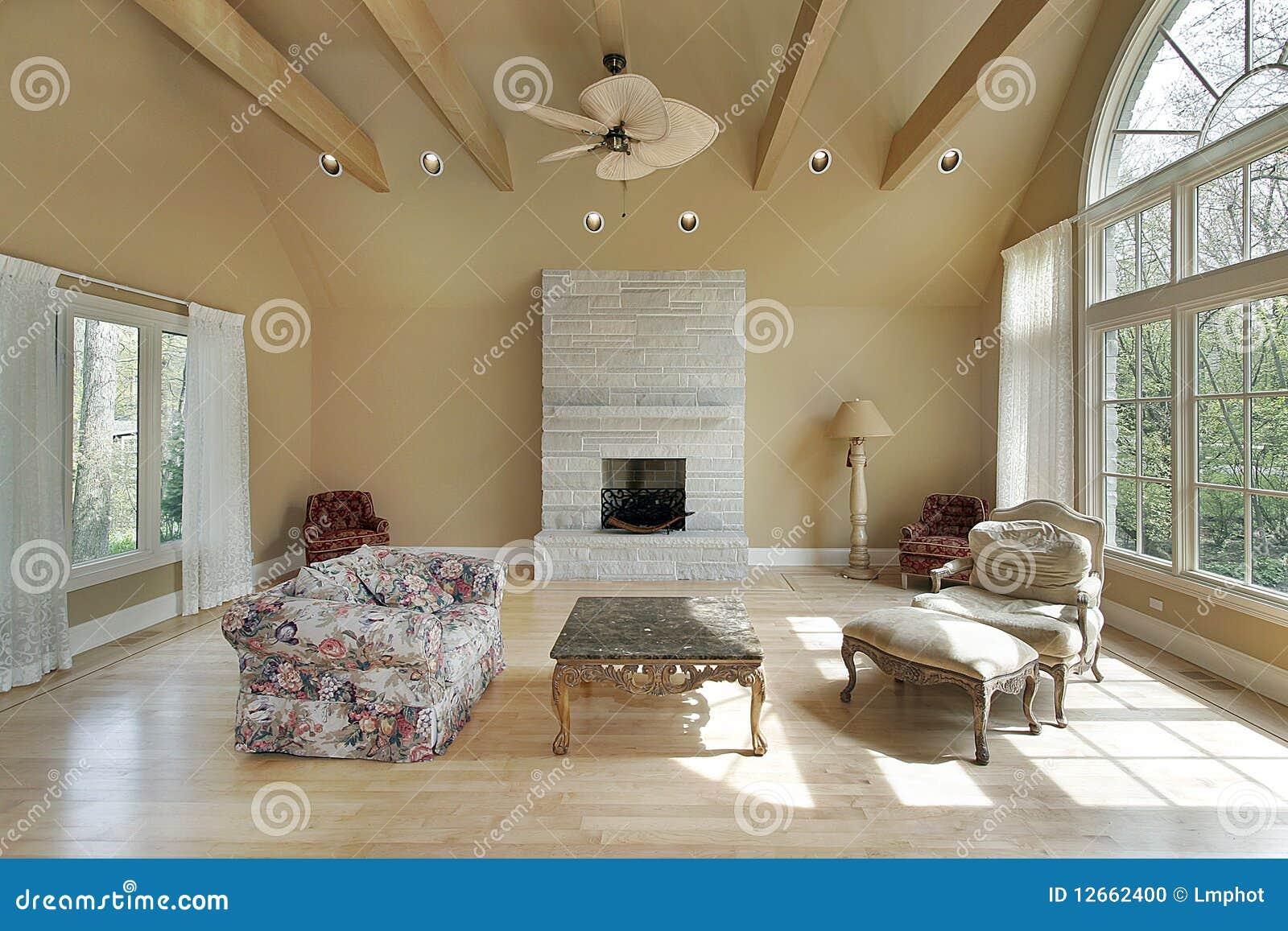Salone nella casa della nuova costruzione fotografia stock for Costo della nuova casa