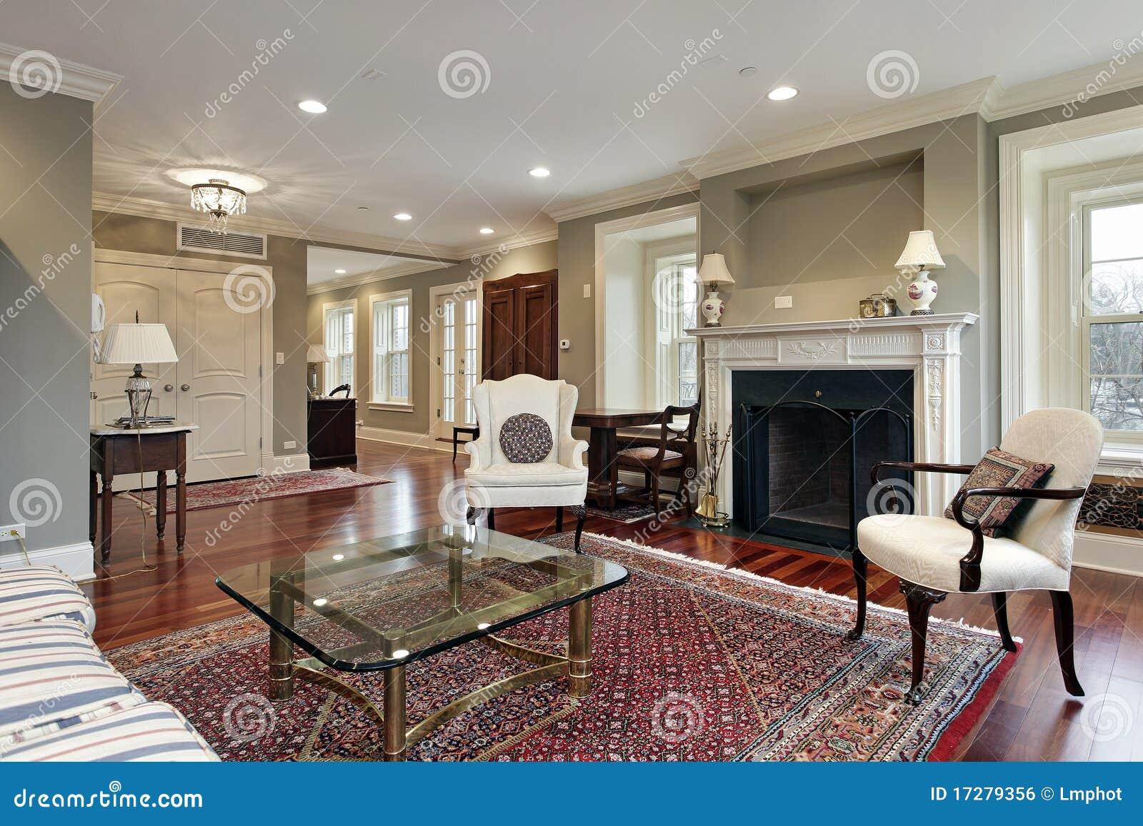 Salone Nella Casa Di Lusso Immagine Stock Libera da Diritti - Immagine: 17279356
