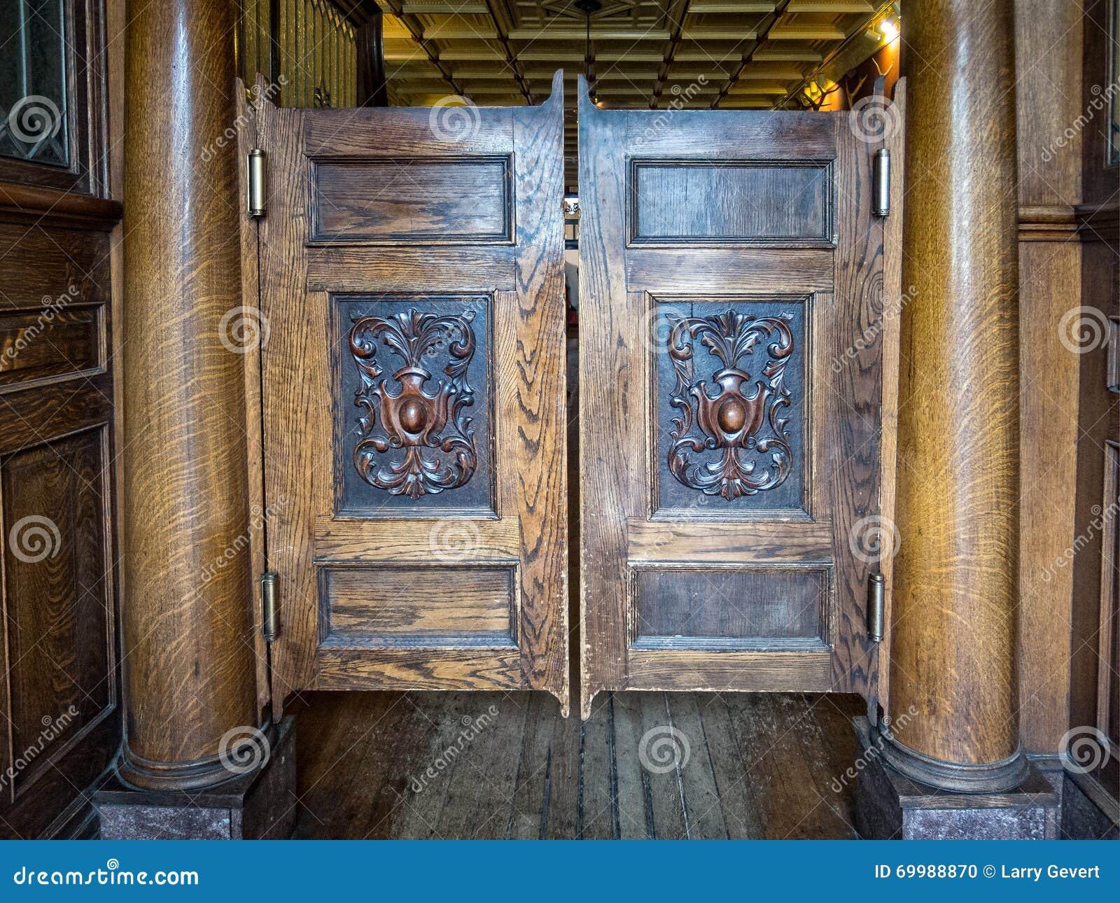 arizona classic doors historic saloon ... & Saloon Doors Stock Photo - Image: 69988870 Pezcame.Com