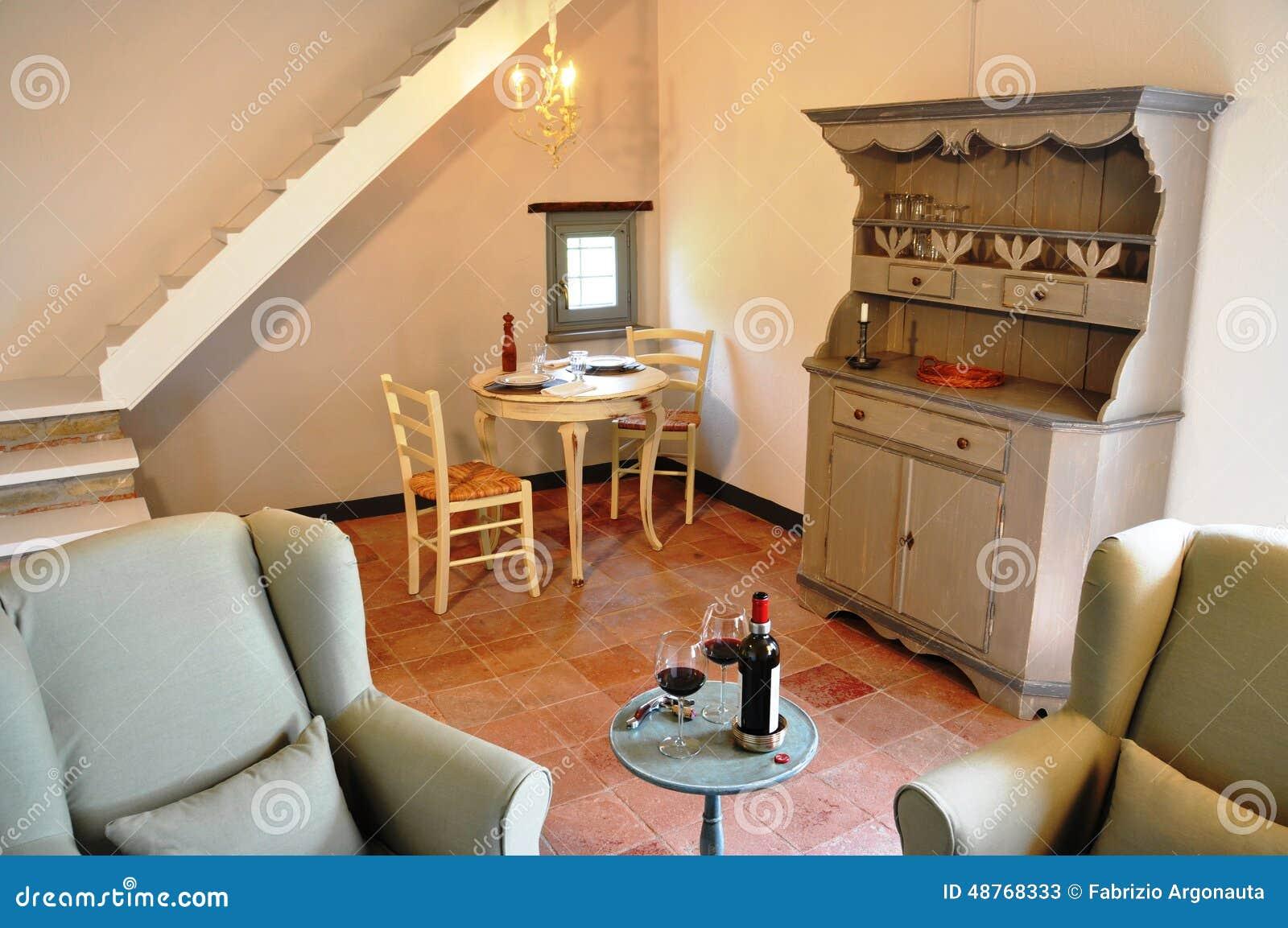 Salotto country foto: salotto stile inglese parete attrezzata ...