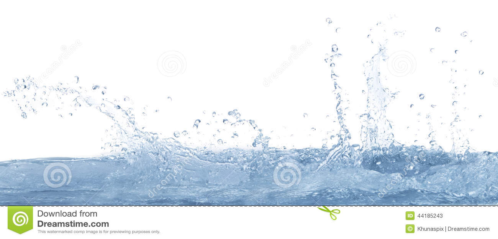 Salpicando el agua clara en el uso blanco del fondo para el refresco y refresque el fondo del agua potable