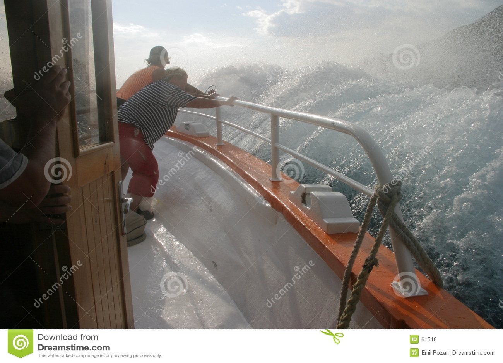 Salpicar el barco