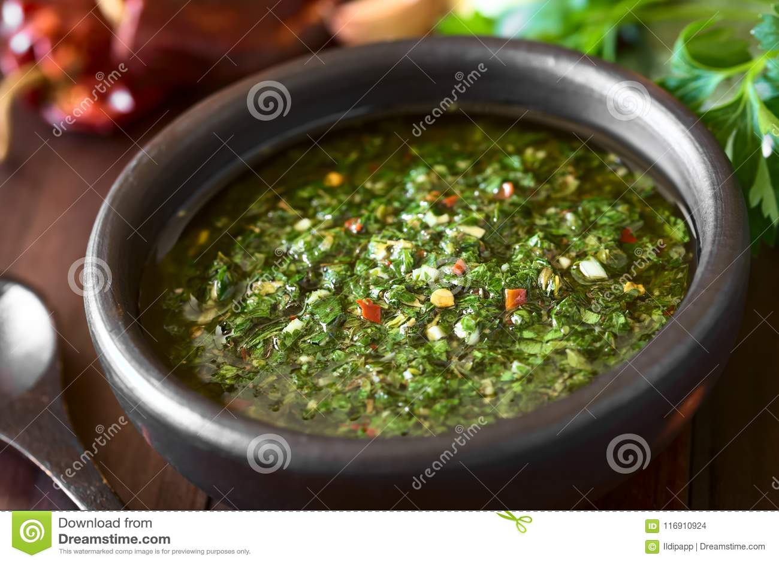 Salsa vert fait maison cru de Chimichurri