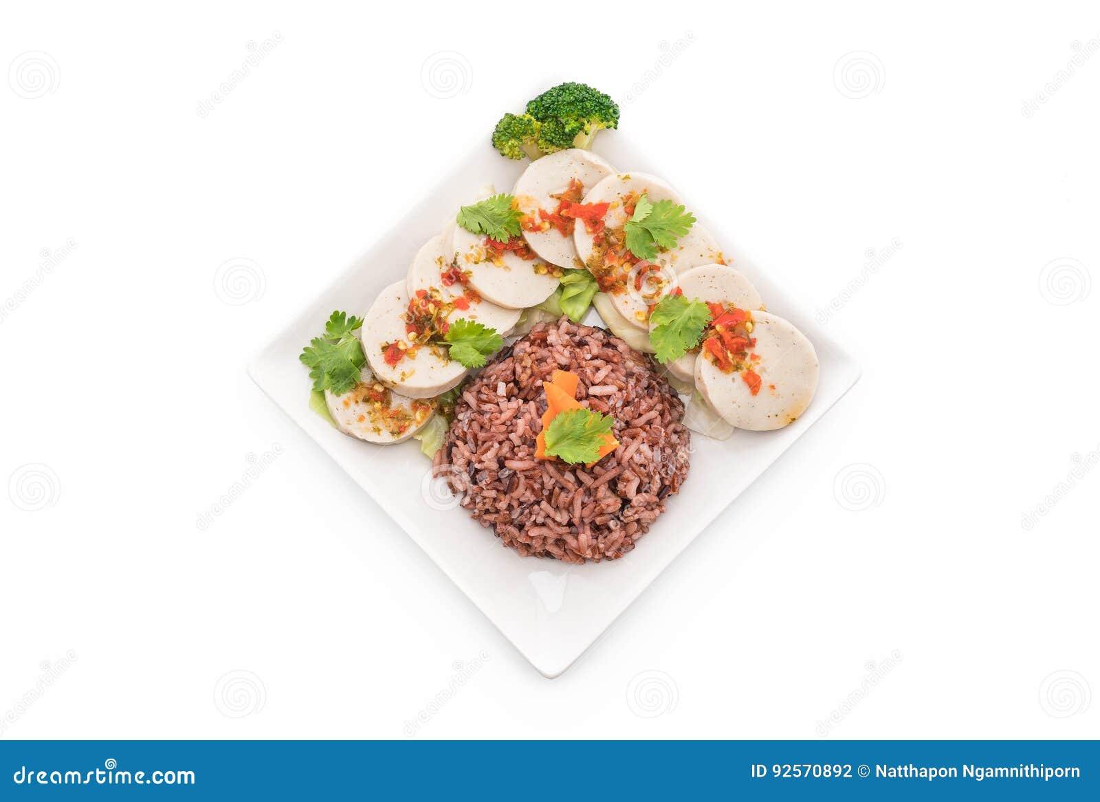 Salsiccia di maiale conservata e salsa piccante con il riso della bacca