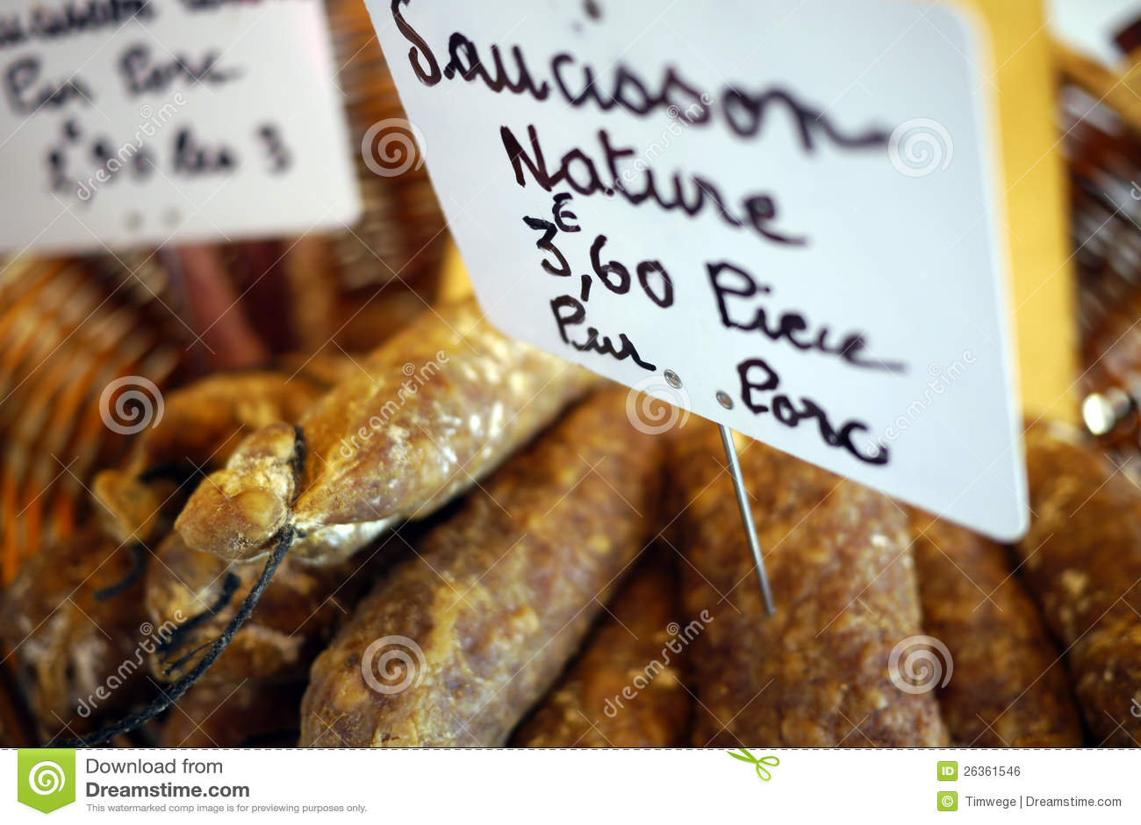 Salsicha francesa no mercado