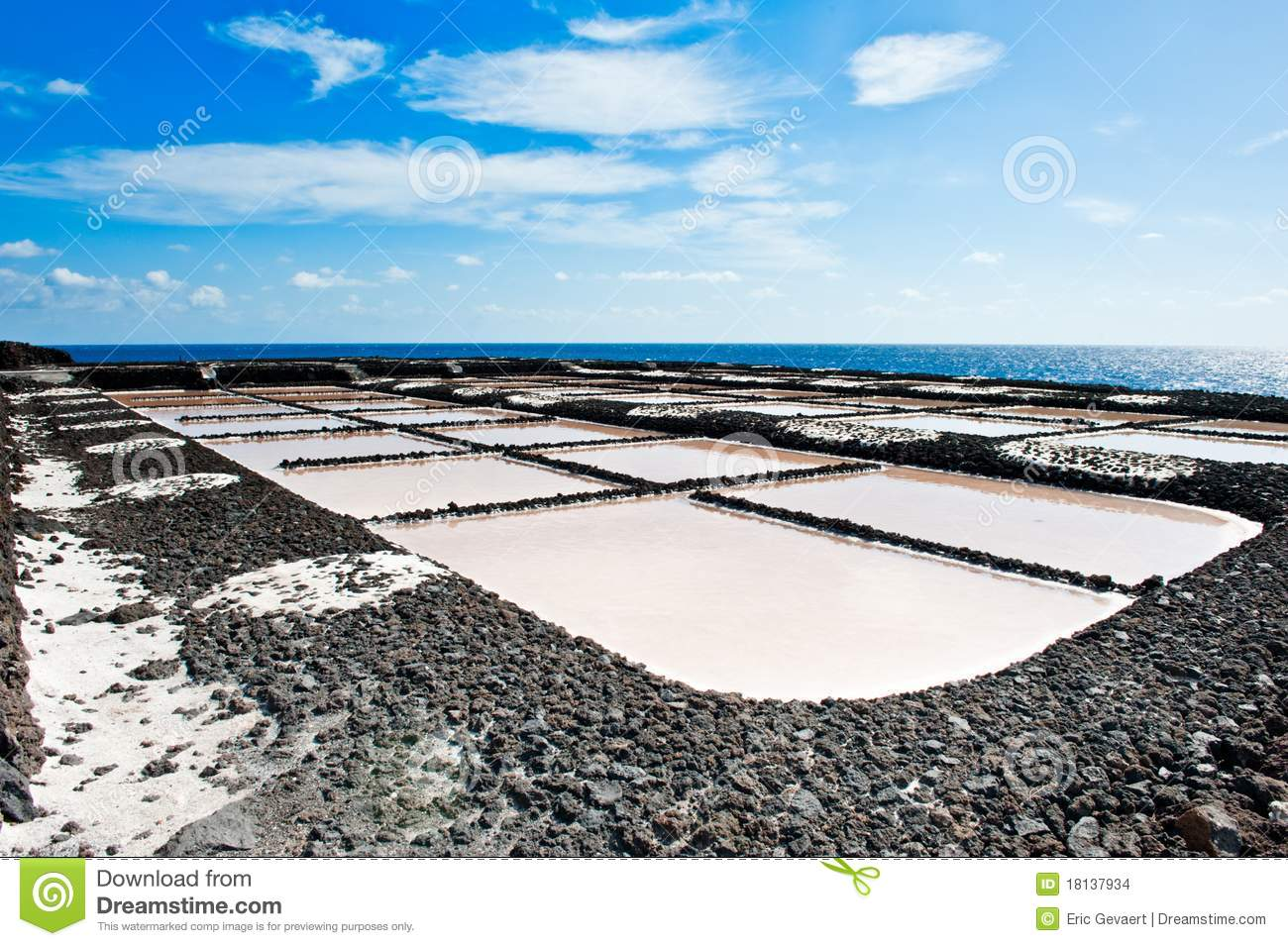Salt evaporation ponds la palma stock images image for Design of evaporation pond
