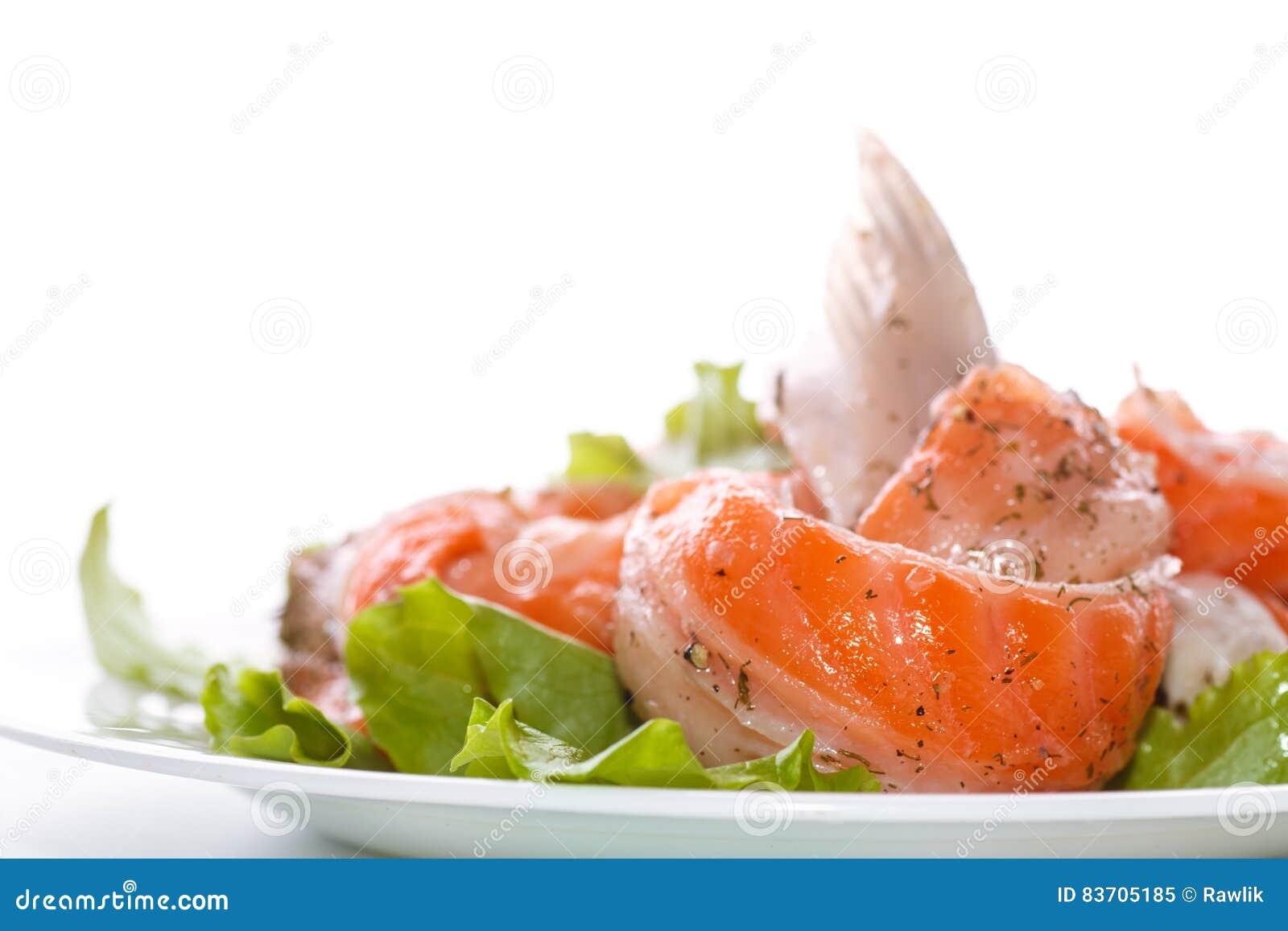 How to salt salmon abdomen