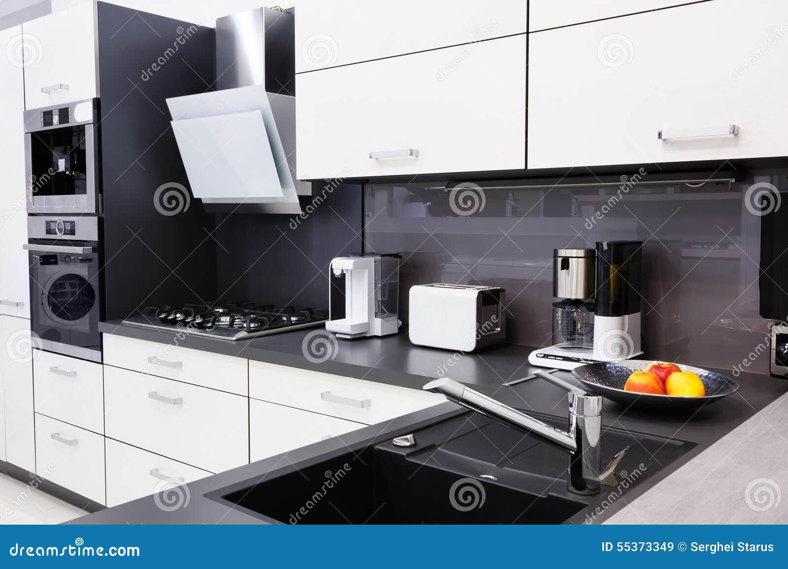 Salut tek cuisine moderne conception int rieure propre - Tek cuisines crissier ...