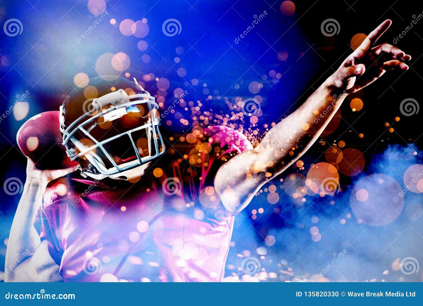 Samengesteld beeld van Amerikaanse voetbalster met bal het richten