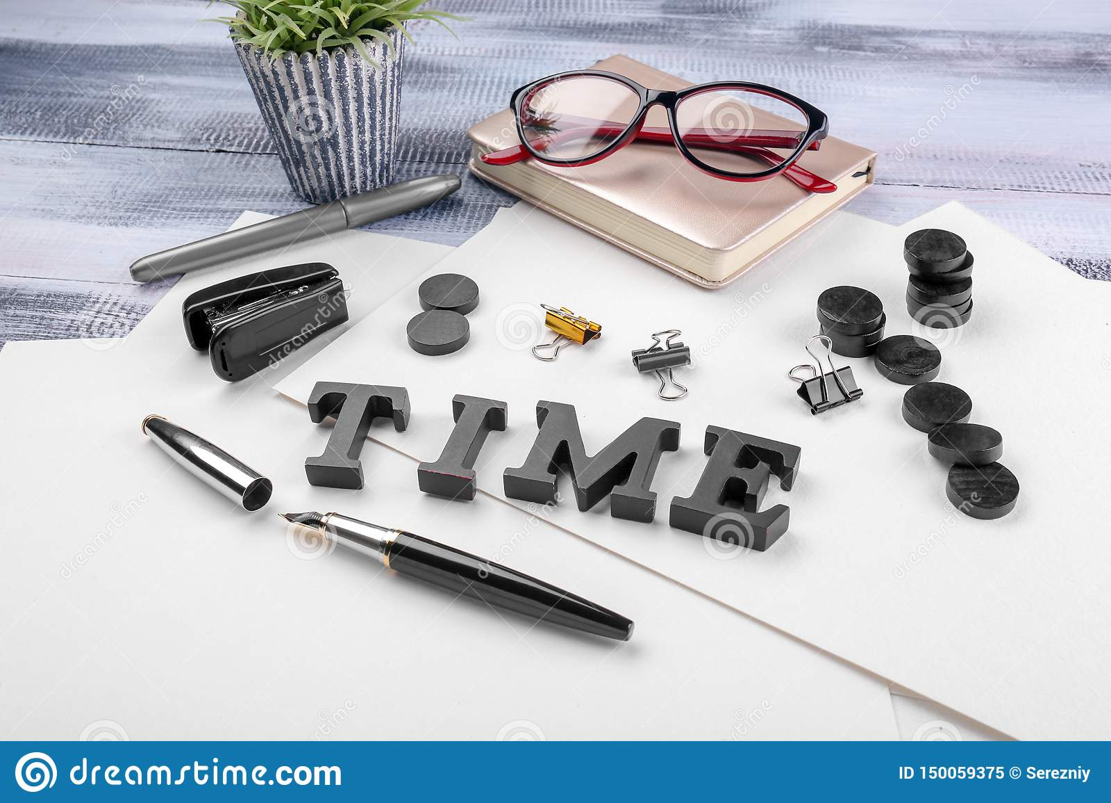 """Sammansättning med ord  """"Tid """" och brevpapper på tabellen Begrepp f?r Tid ledning"""