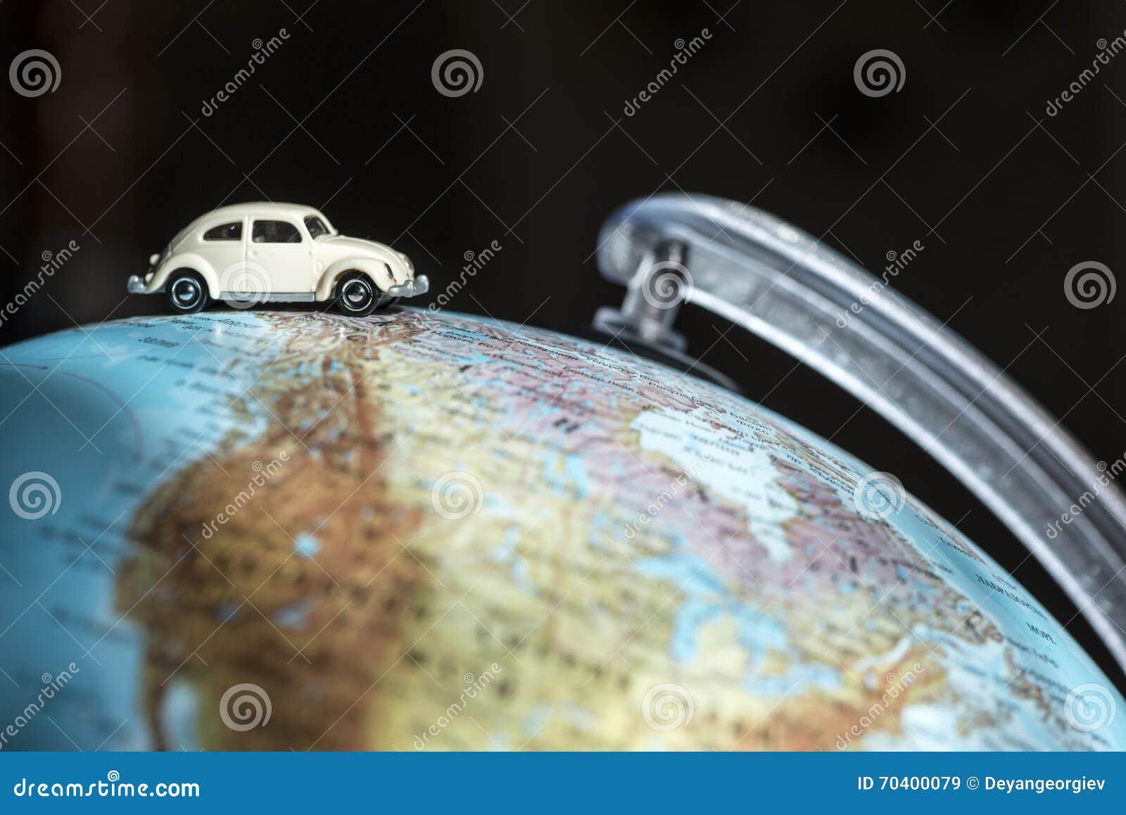 Samochód na kuli ziemskiej