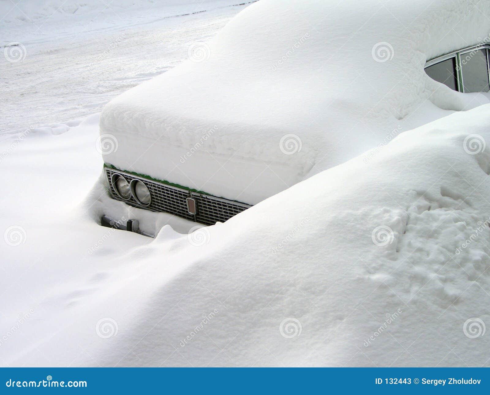 Samochód snowdrift
