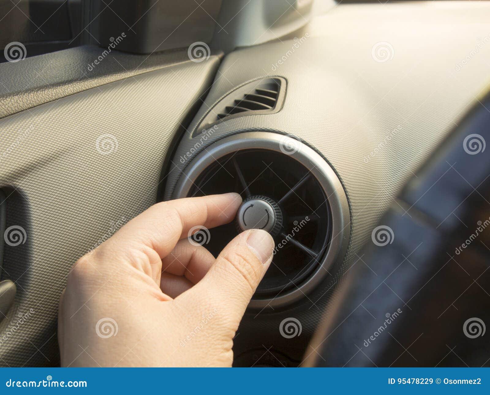 Samochód wentylaci ręczny położenie w gorącym