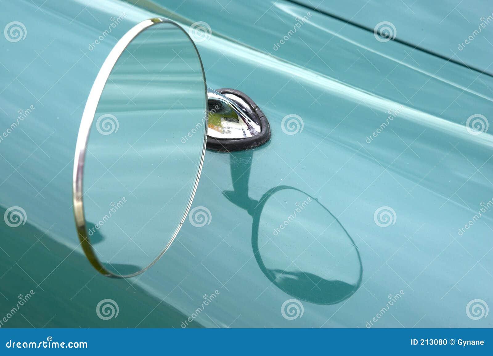 Samochód wing lustra.