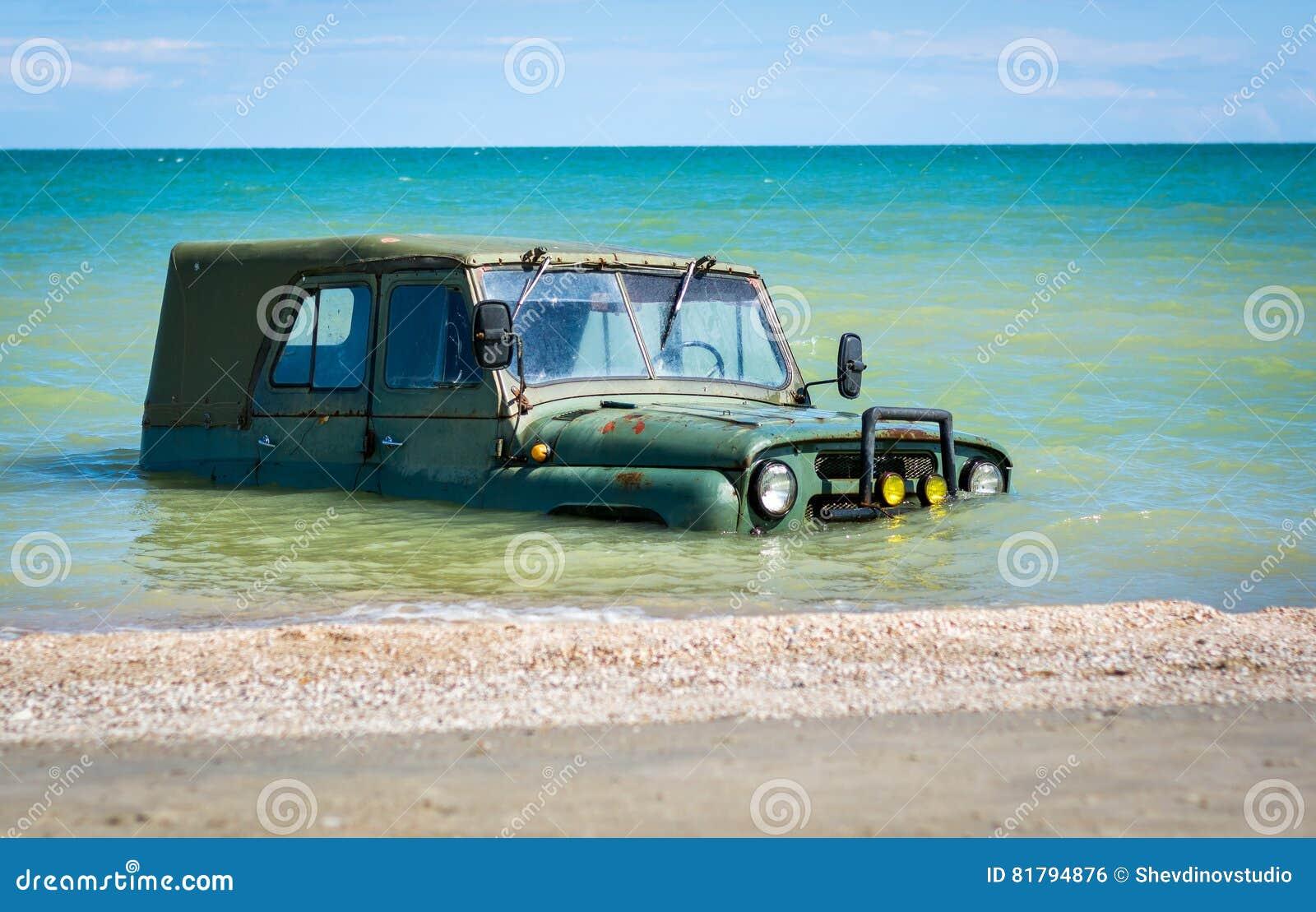 Samochód zanurzający