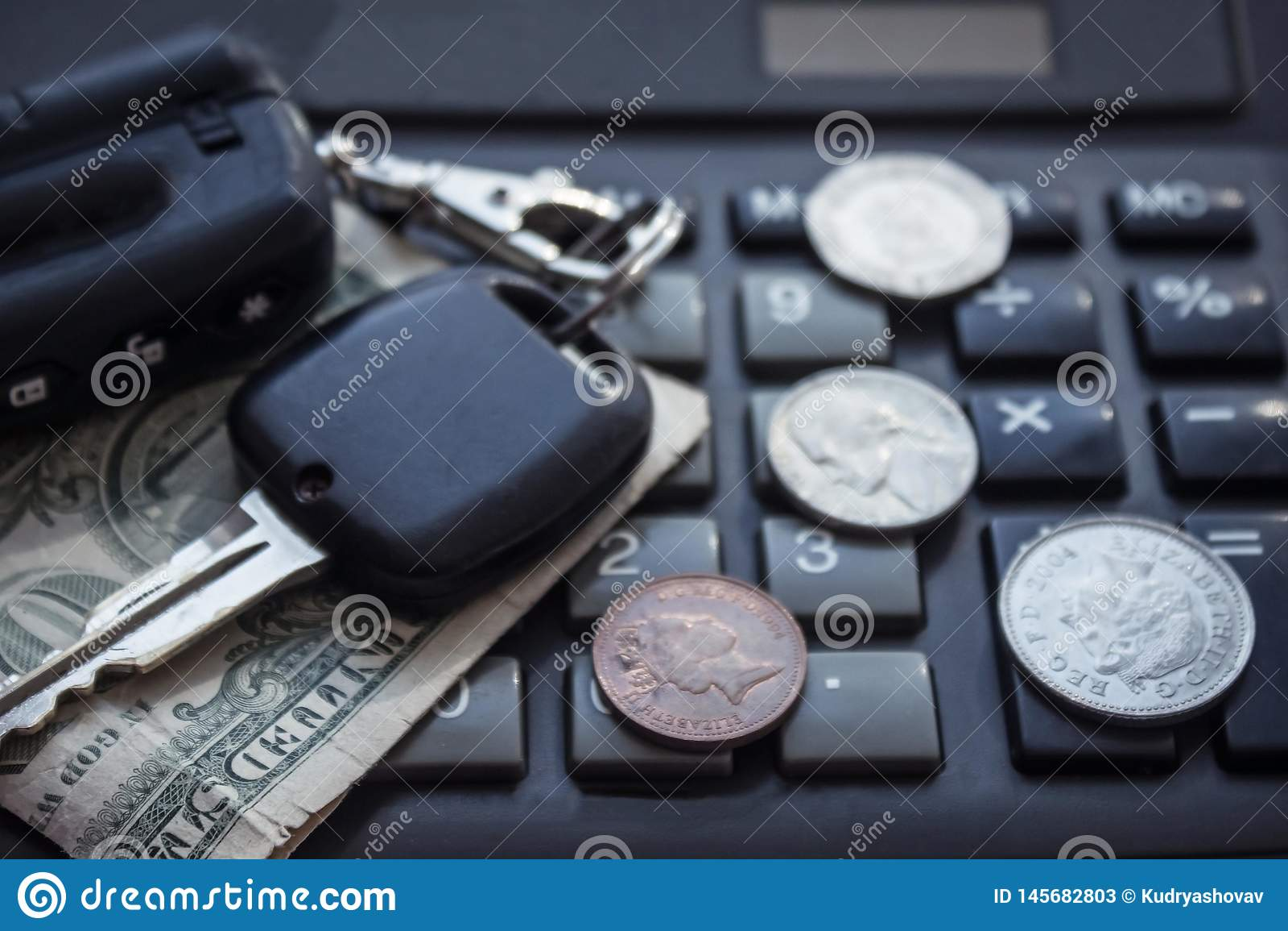 Samochodów klucze i mały pieniądze