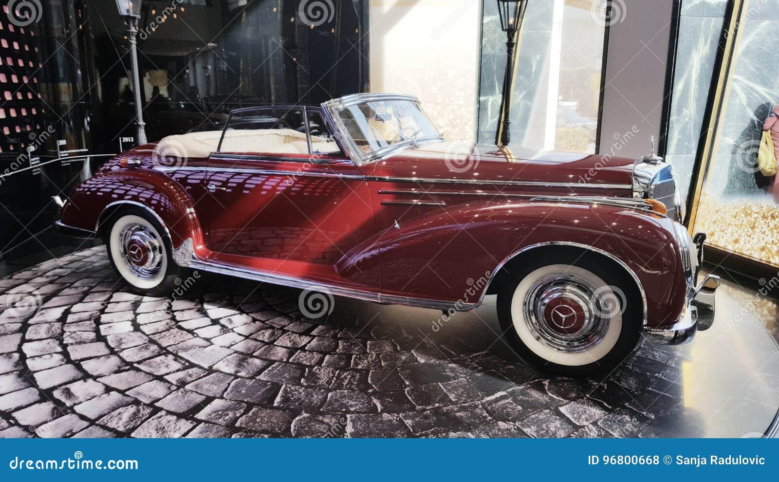 Samochodowy Mercedes oldtimer
