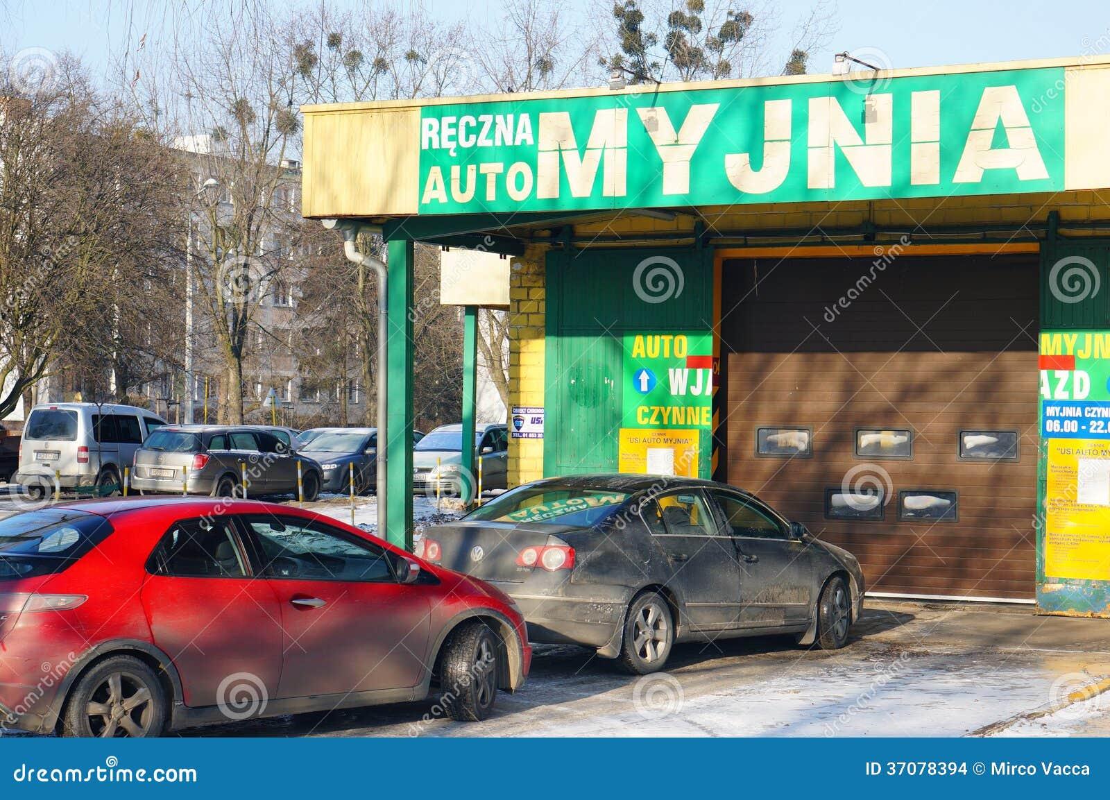 Download Samochodowy obmycie obraz stock editorial. Obraz złożonej z czerwień - 37078394