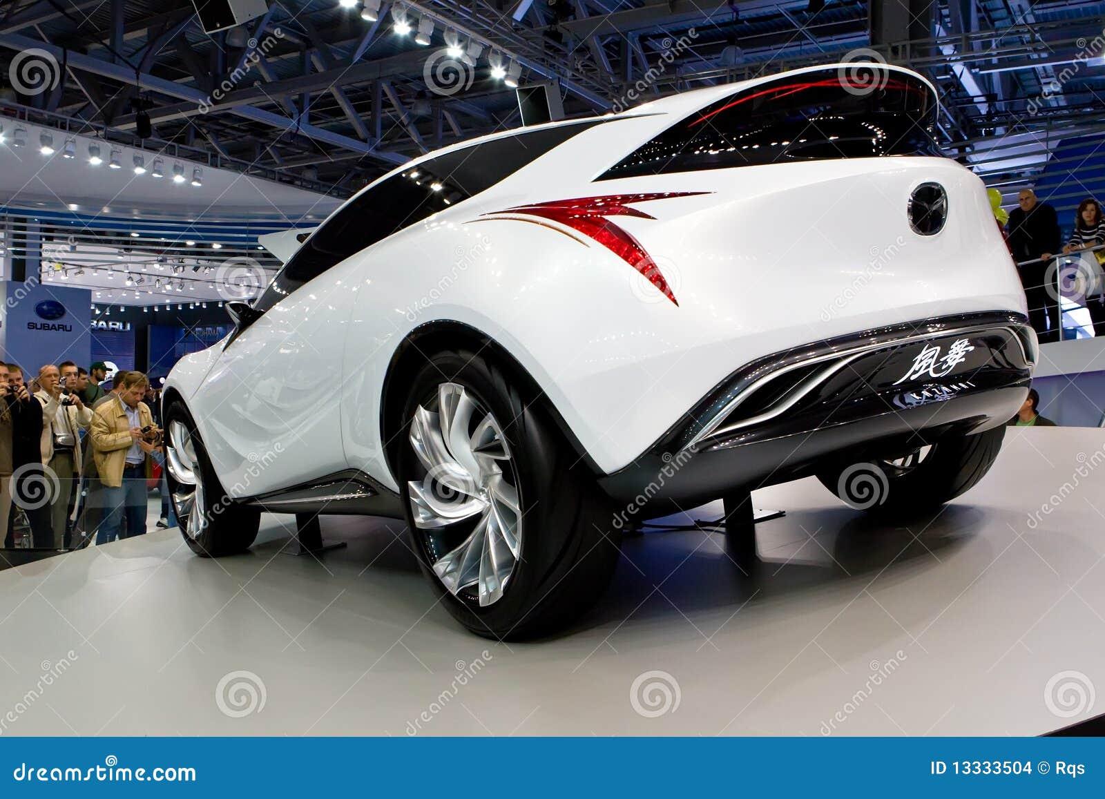 Samochodowy pojęcia Mazda biel