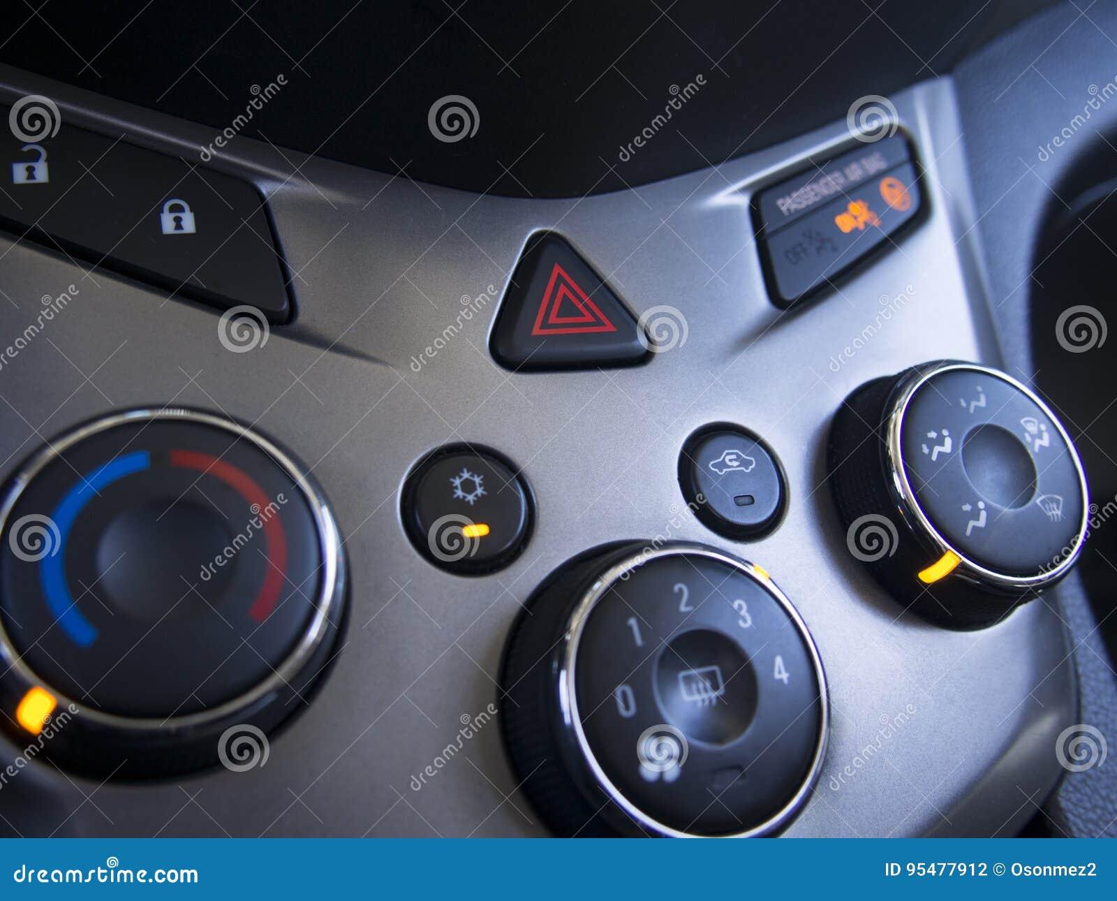 Samochodowy przeciwawaryjny migacza sygnał z konsolą