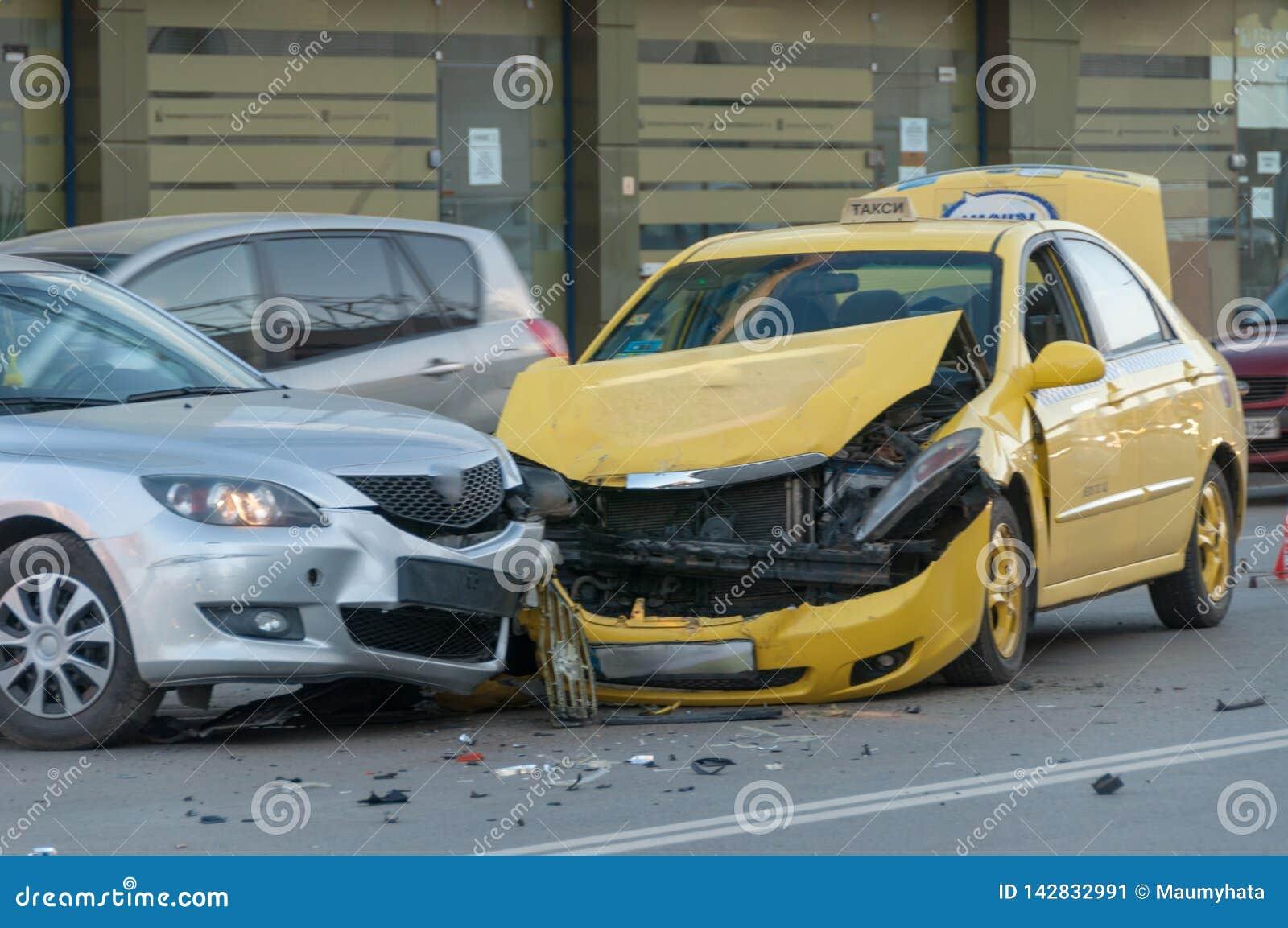 Samochody rozbijali dwa