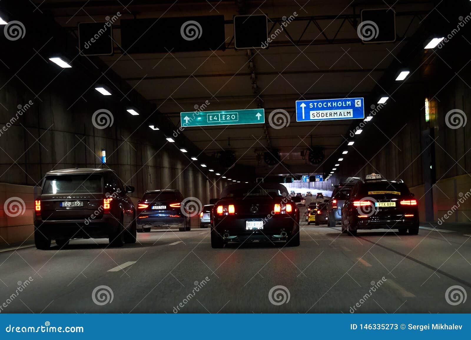 Samochody w tunelu w Sztokholm, Szwecja