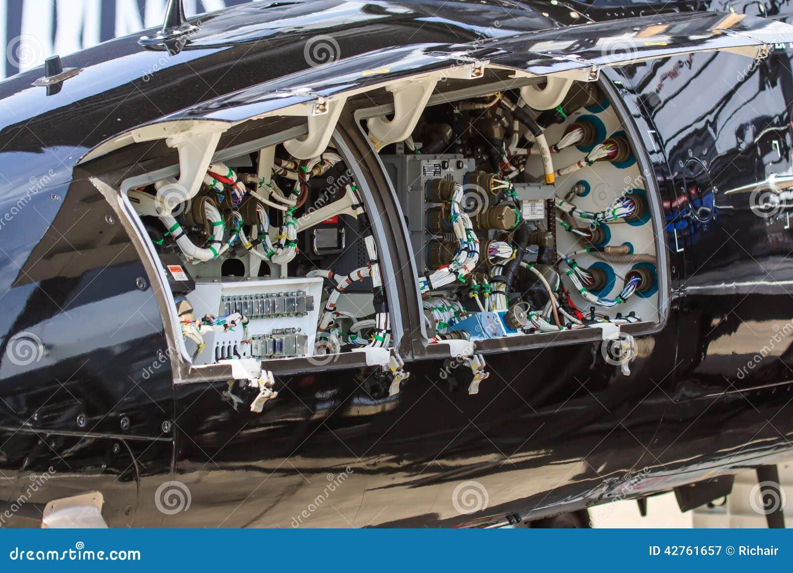 Samolot elektronika