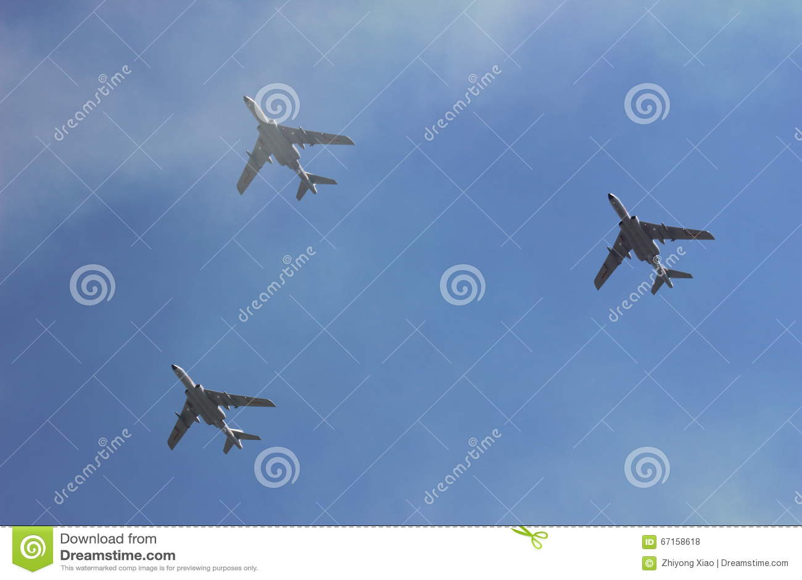 Samoloty w chmurze