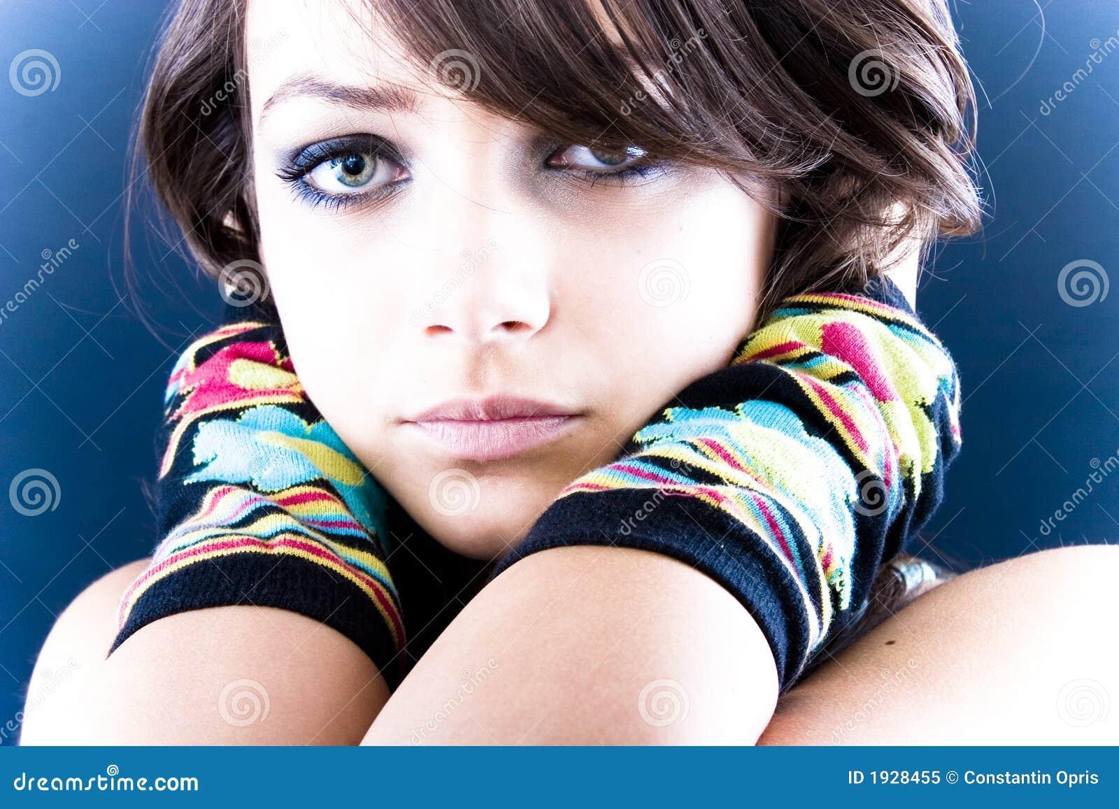 Samotna piękna nastolatków.